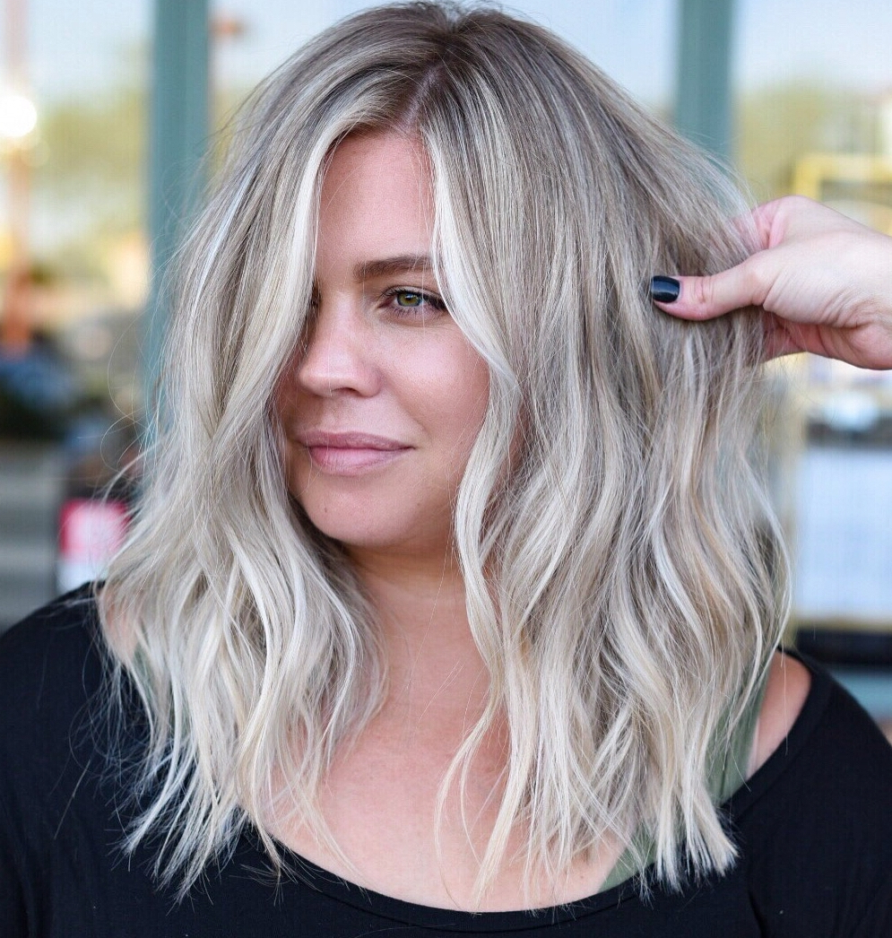How To Pull Off Medium Length Haircuts And Hairstyles In 2019 Intended For Feminine Wavy Golden Blonde Bob Hairstyles (View 18 of 20)