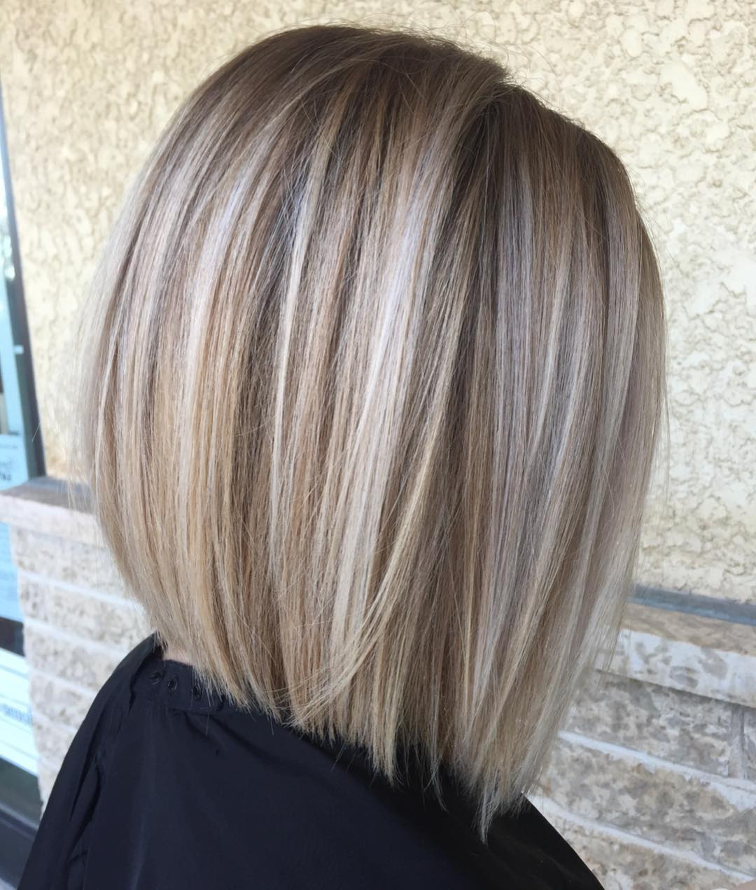 How To Pull Off Medium Length Haircuts And Hairstyles In 2019 Pertaining To Fashionable Mid Length Sliced Bronde Haircuts (View 6 of 20)