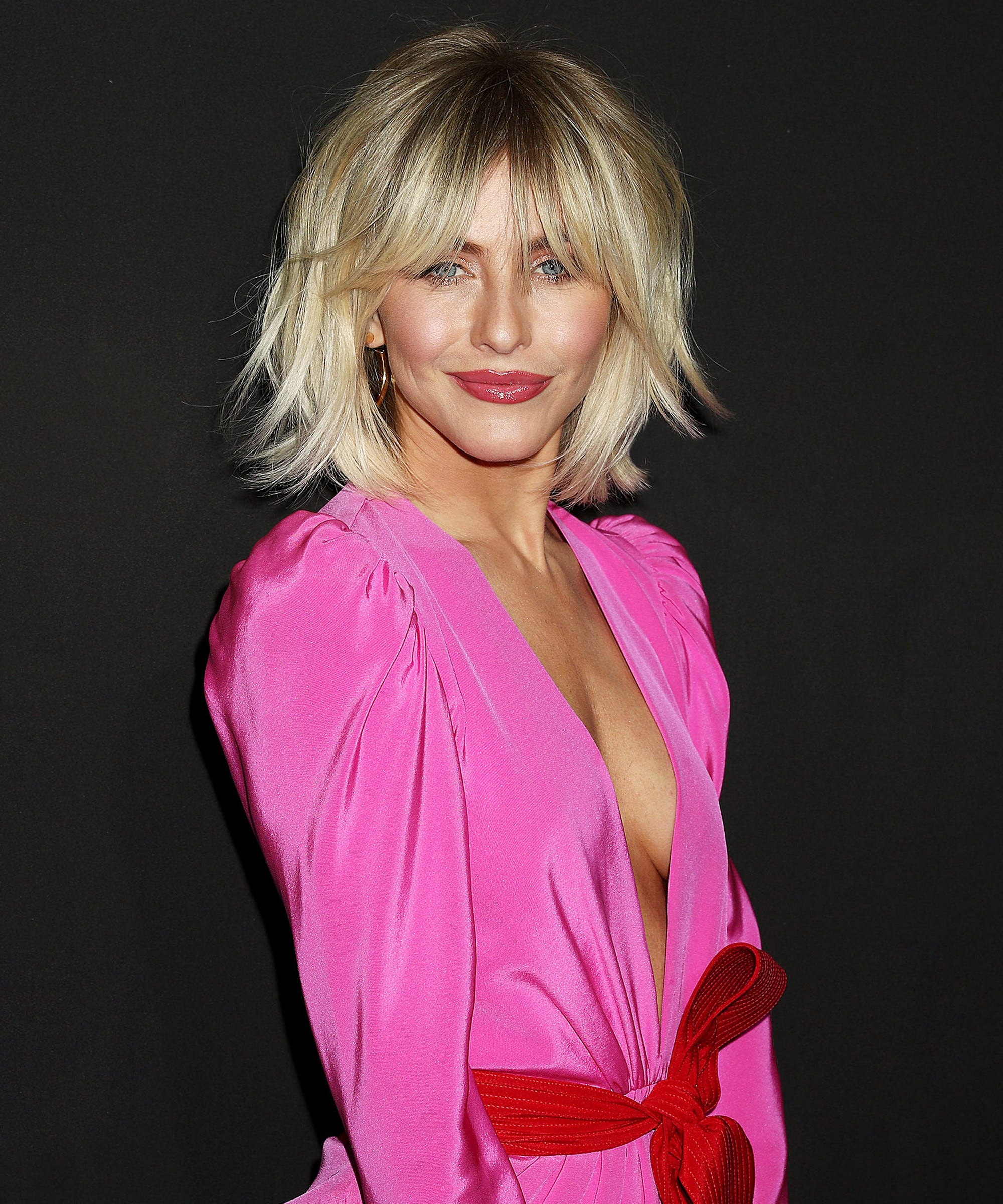 Julianne Hough Gets New Shag Haircut With Bangs Throughout Pink Shaggy Haircuts (View 18 of 20)