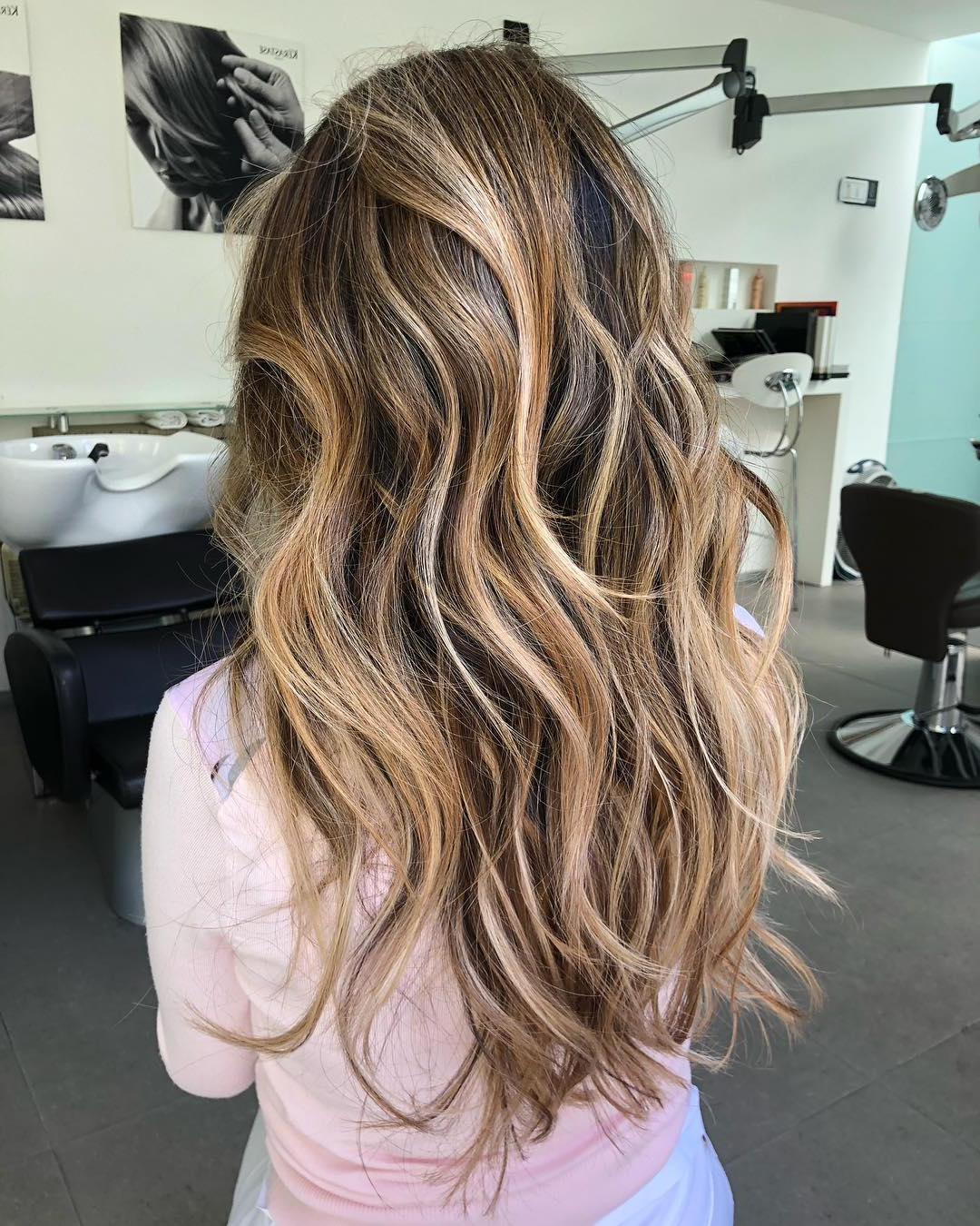 Latest Long Wavy Layers Hairstyles Regarding Trendy Hairstyles And Haircuts For Long Layered Hair To Rock (View 5 of 20)