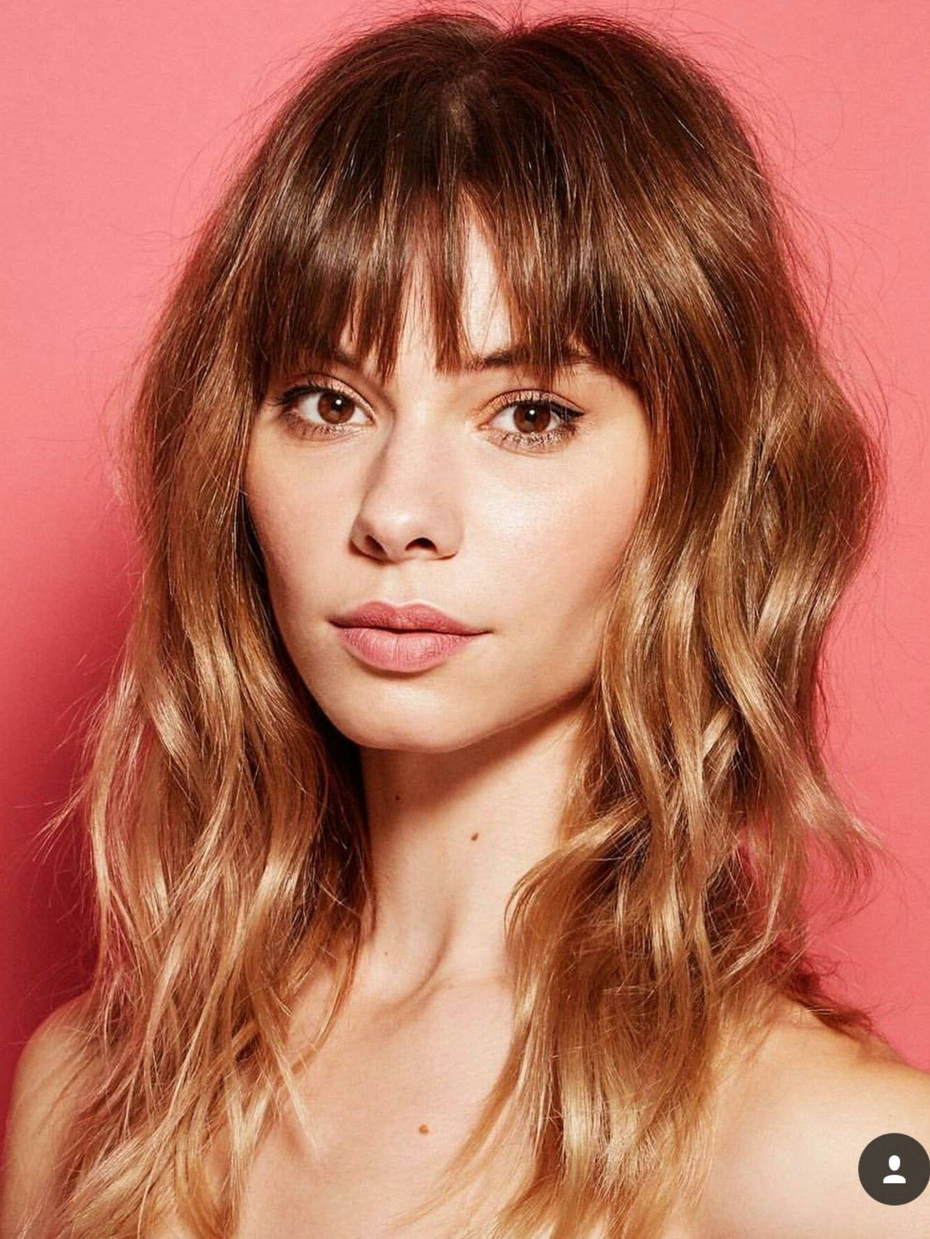Long Wavy Shag With Bangs // Honey Brown Color Via Sal Sal Pertaining To Newest Honey Bronde Shaggy Hairstyles With Bangs (View 6 of 20)