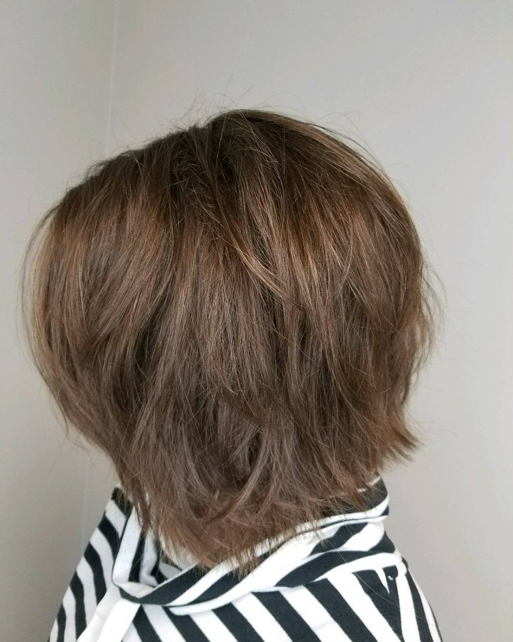 Featured Photo of Medium Length Choppy Layers Hairstyles