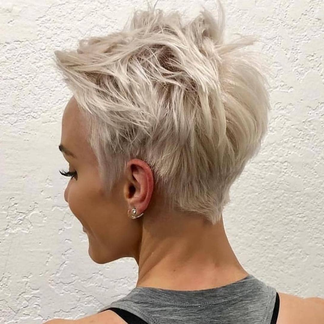 Messy Pixie Haircuts To Refresh Your Face » Best Hairstyles With Regard To Messy Highlighted Pixie Haircuts With Long Side Bangs (View 17 of 20)