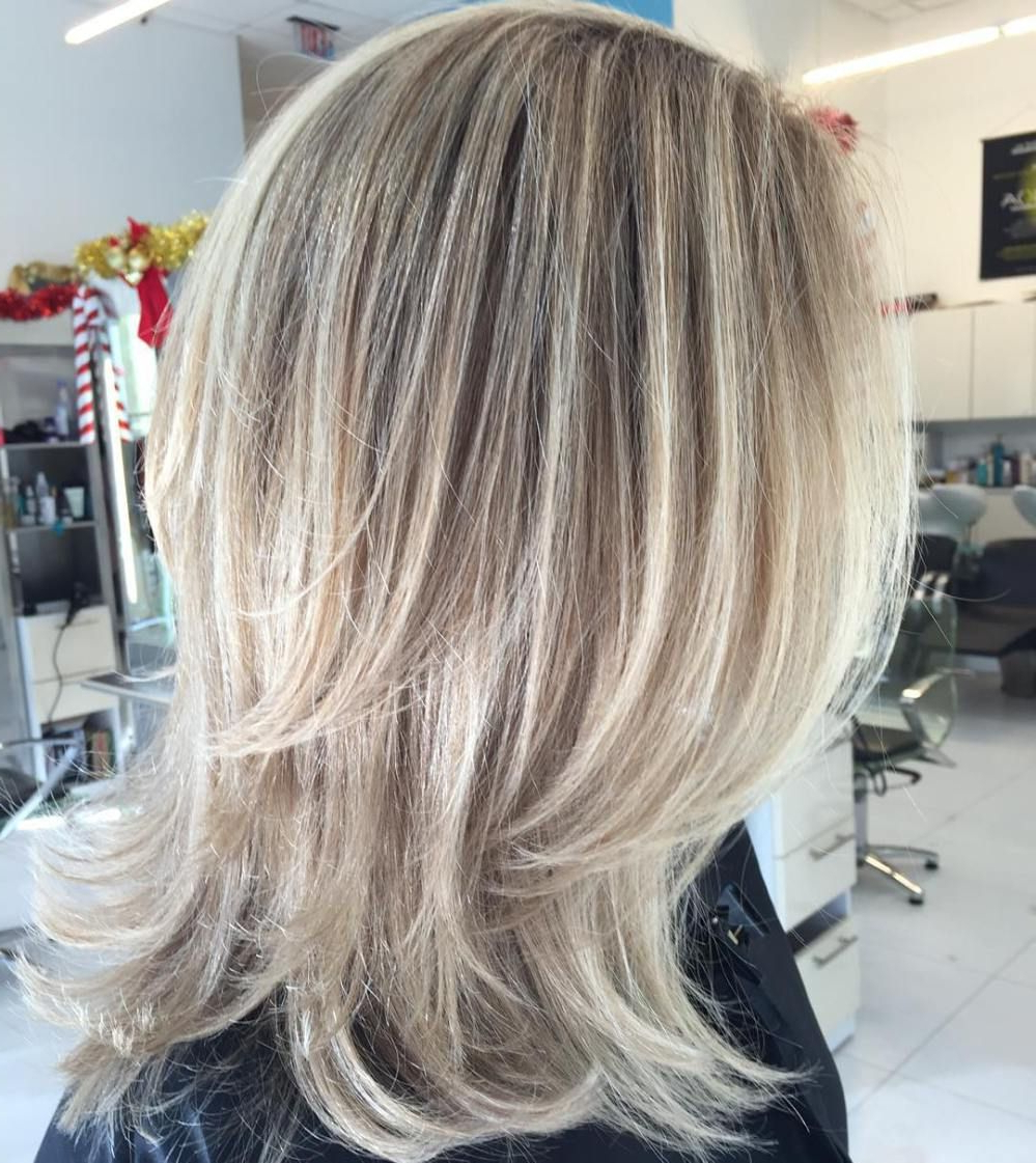 Most Current Medium Two Layer Haircuts In Pin On Hair Styles (View 5 of 20)