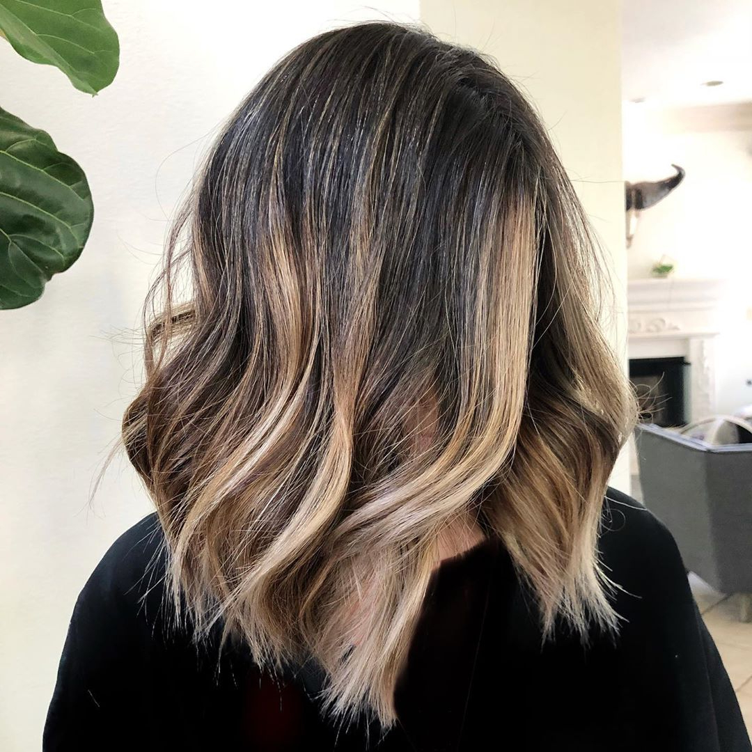 Most Popular Shiny Caramel Layers Long Shag Haircuts For 40 Medium Length Hairstyles For Thick Hair ⋆ Palau Oceans (View 15 of 20)