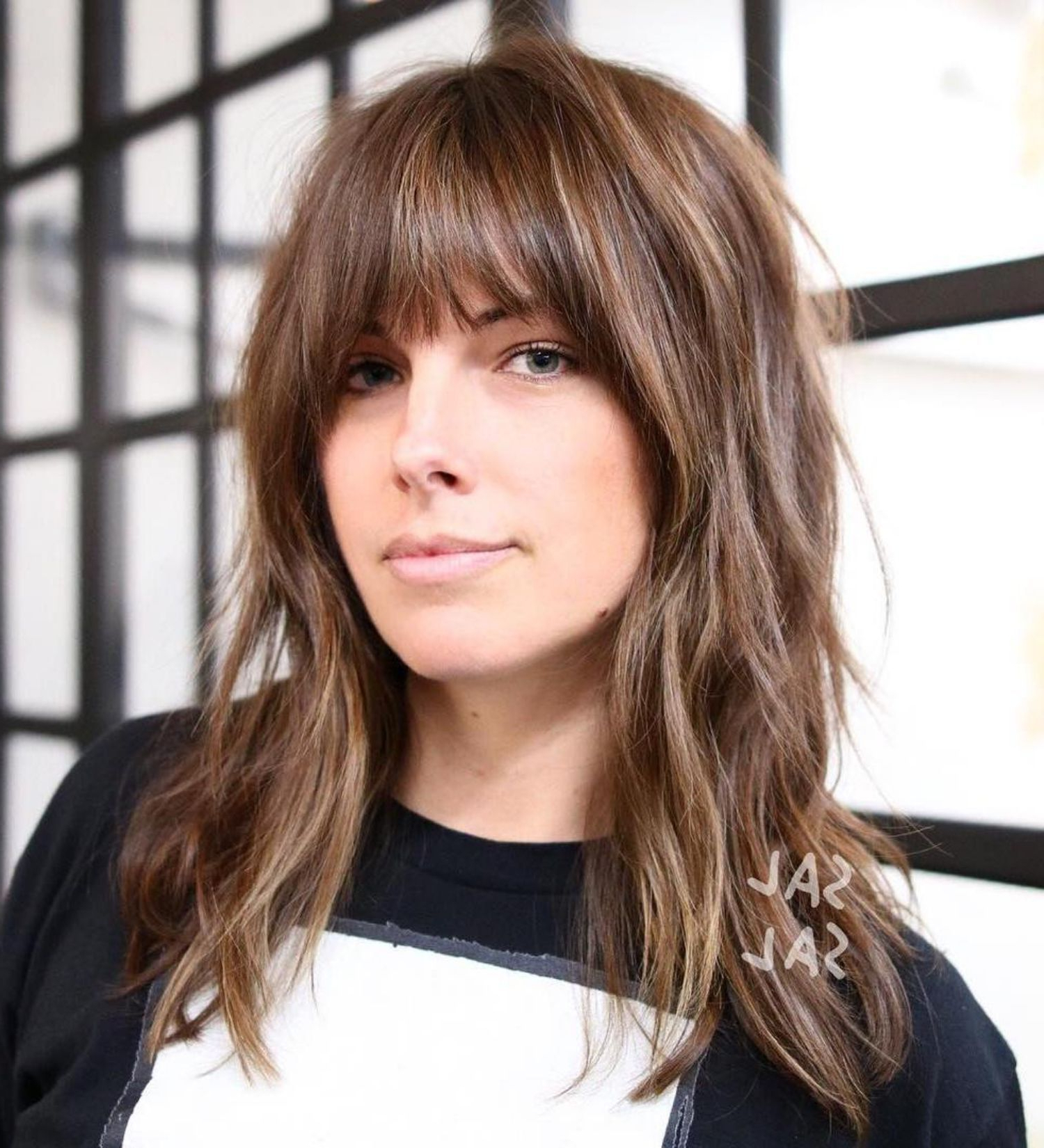 Featured Photo of Medium Tousled Haircuts With Bangs