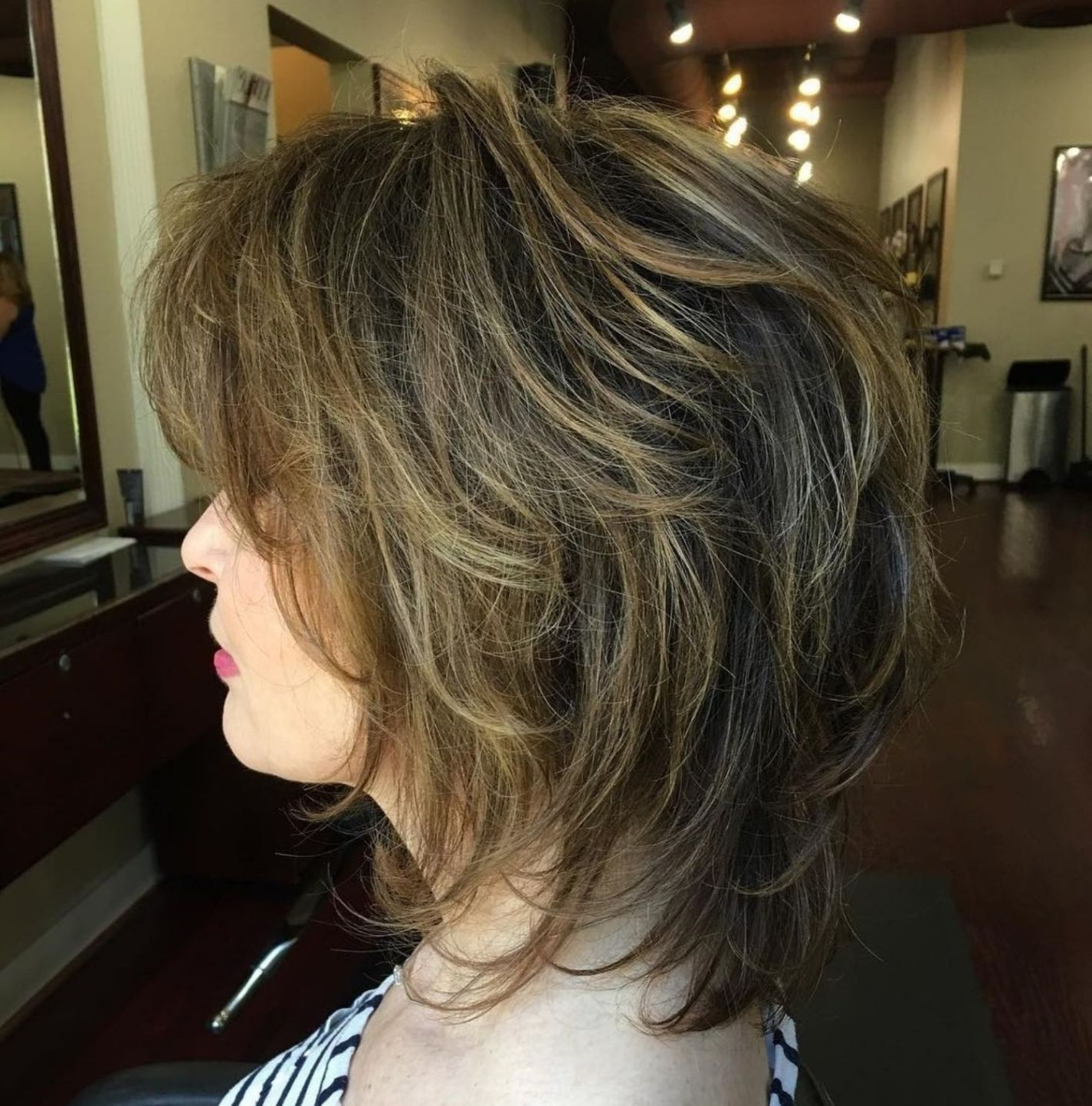 Featured Photo of Two Tone Disheveled Layered Hairstyles