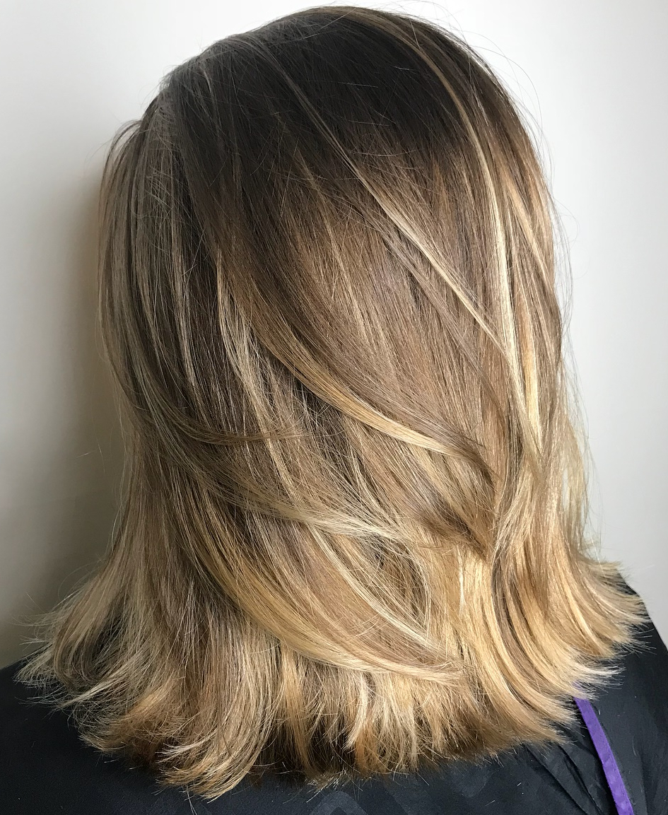 Must Try Medium Length Layered Haircuts For 2019 Pertaining To Current Medium Haircuts With Flipped Ends For Thick Hair (View 13 of 20)
