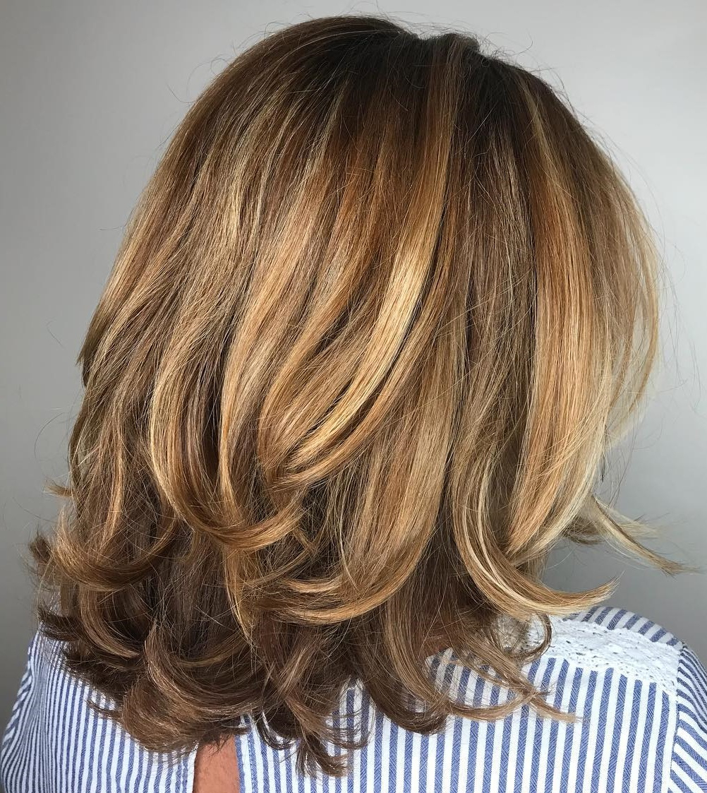 Must Try Medium Length Layered Haircuts For 2019 With Regard To Well Known Two Tone Disheveled Layered Hairstyles (View 17 of 20)