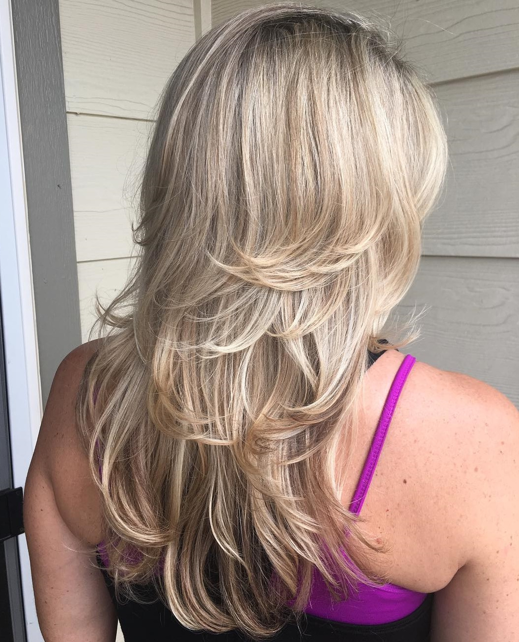 Newest Blonde Lob Hairstyles With Disconnected Jagged Layers Pertaining To How To Nail Layered Hair In 2019: Full Guide To Lengths And (View 16 of 20)