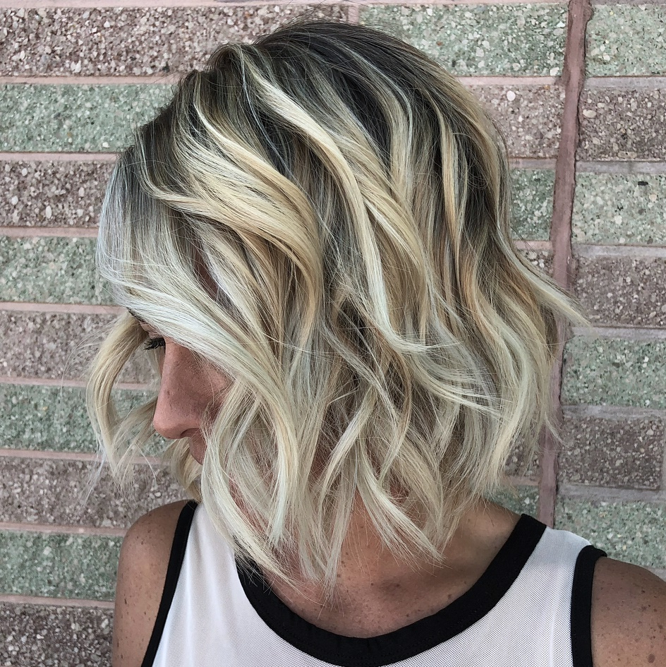 Newest Blonde Lob Hairstyles With Disconnected Jagged Layers With How To Nail Layered Hair In 2019: Full Guide To Lengths And (View 17 of 20)