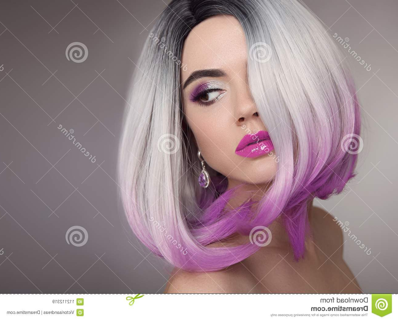 Ombre Bob Blonde Short Hairstyle. Purple Makeup (View 8 of 20)