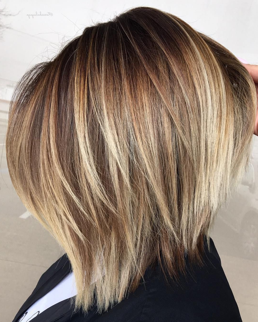 Pin On Summer Style Throughout Most Up To Date Golden Bronde Sliced Bob Hairstyles (Gallery 3 of 20)