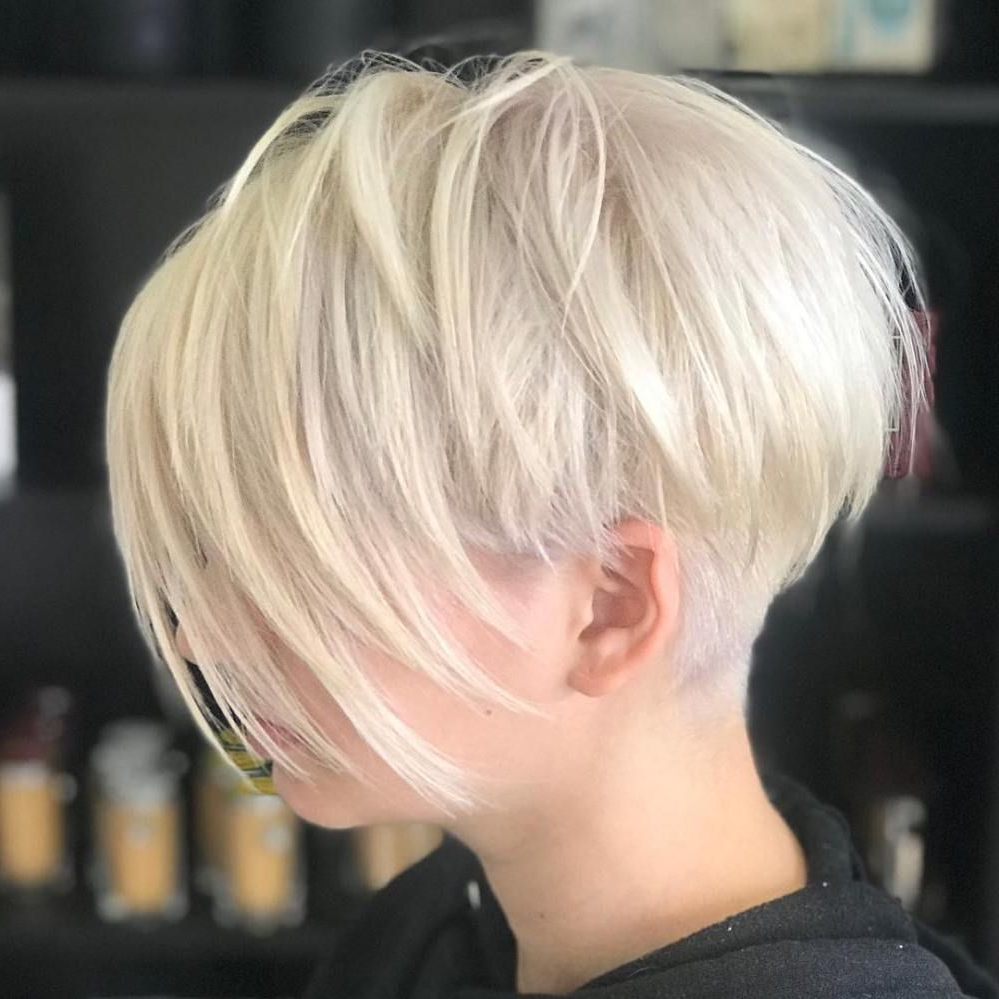Pixie Haircuts With Bangs – 50 Terrific Tapers В 2019 Г Intended For Preferred Wispy Layered Blonde Haircuts With Bangs (View 6 of 20)