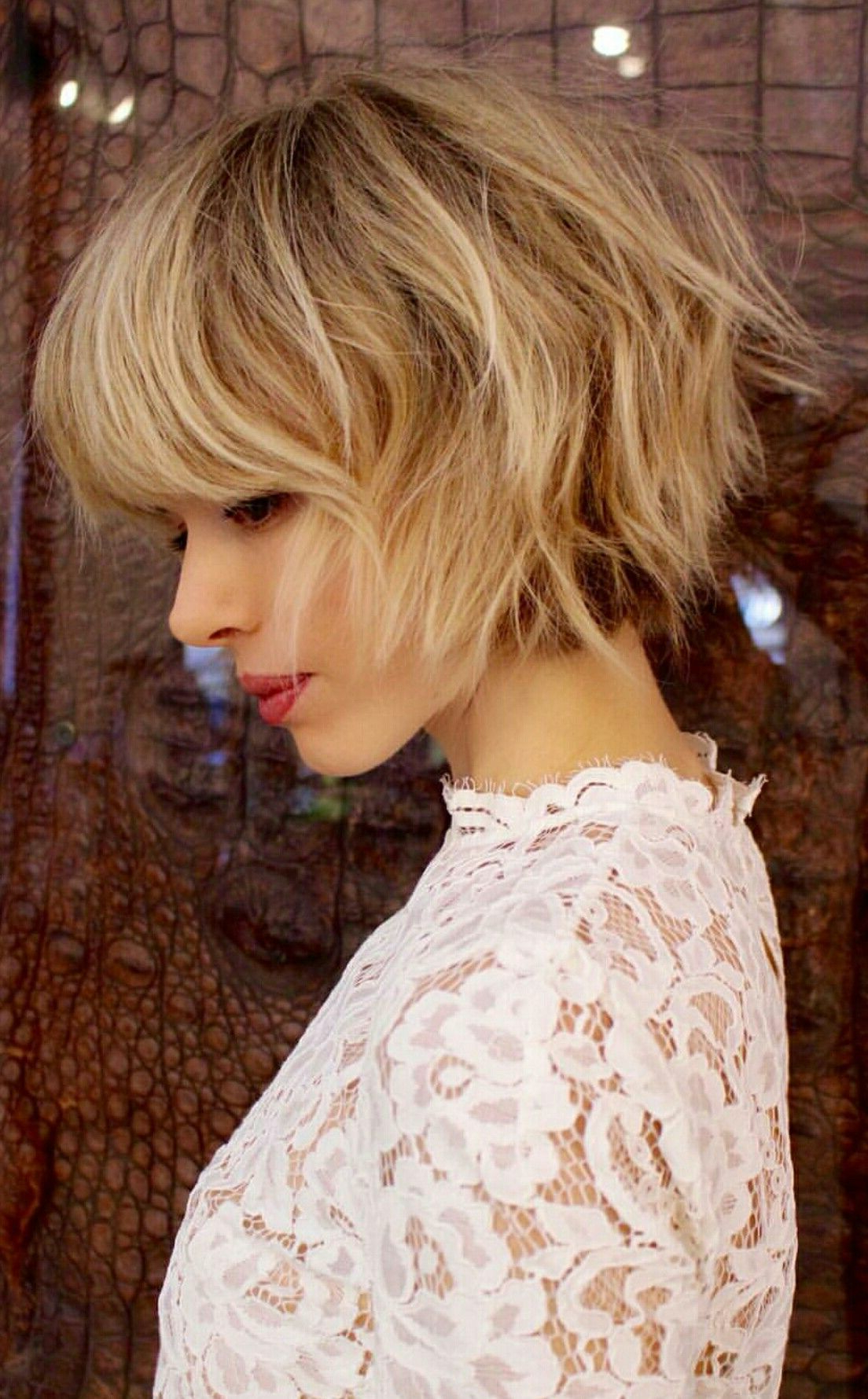 Featured Photo of Shaggy Blonde Bob Hairstyles With Bangs