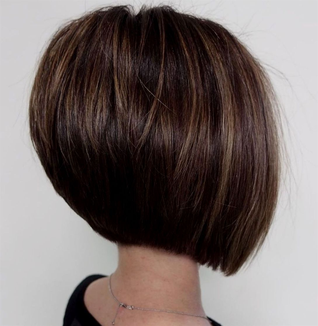 Straight Brunette Bob With Subtle Highlights #shortbob For Short Bob Hairstyles With Highlights (View 20 of 20)