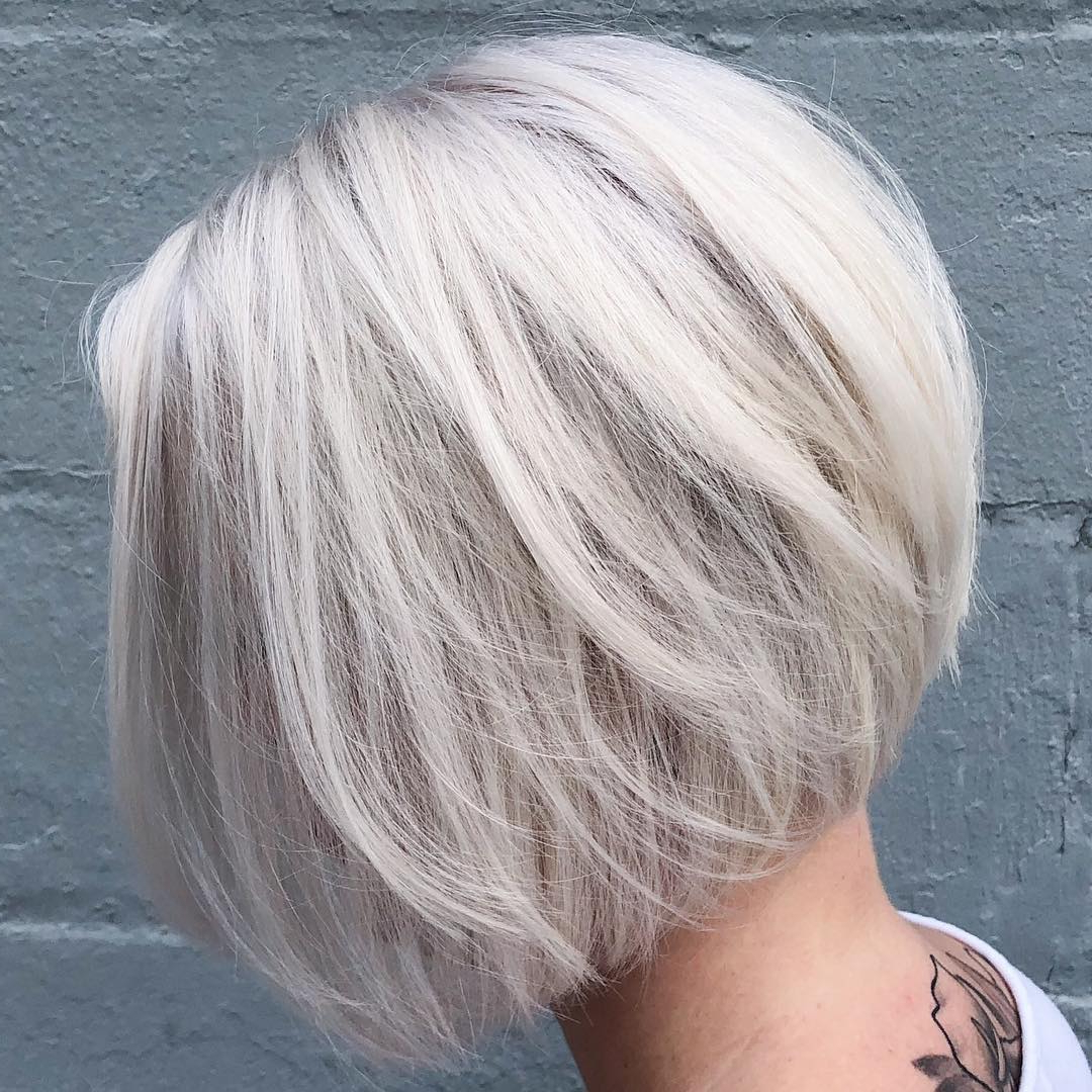 The Best 2019 Short Hairstyles For Every Face Shape And Hair Throughout Piece Y Golden Bob Hairstyles With Silver Highlights (View 10 of 20)