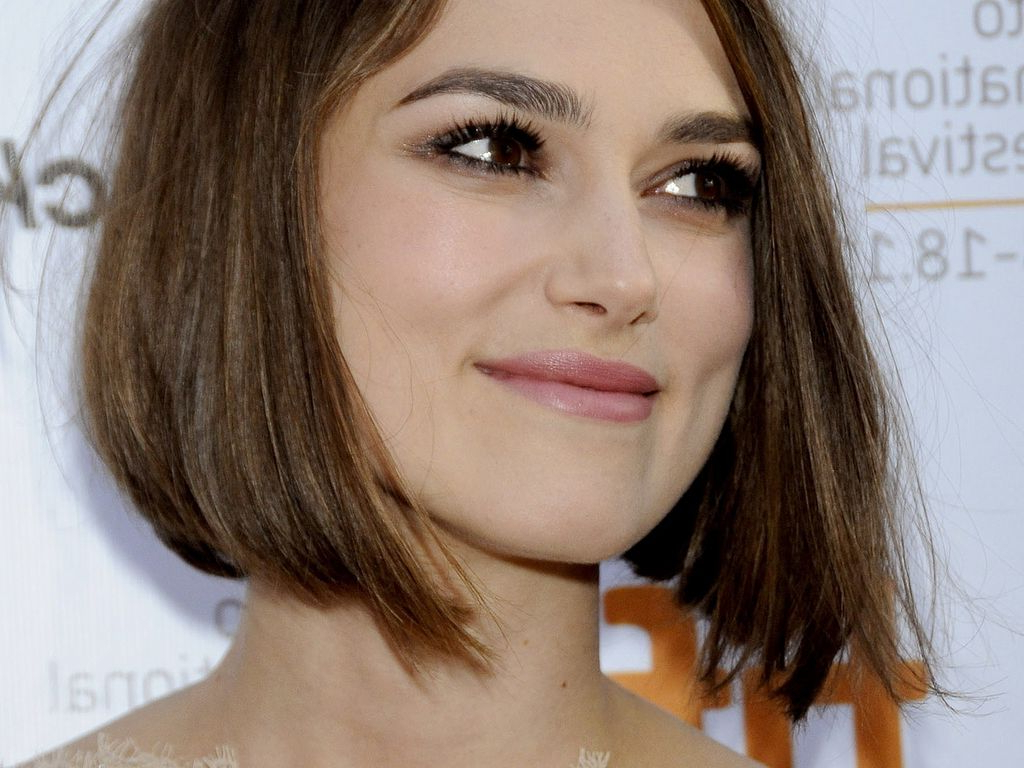 Top Bob Haircuts For Fine Hair To Give Your Hair Some Oomph! Inside Sleek Blunt Brunette Bob Hairstyles (View 11 of 20)