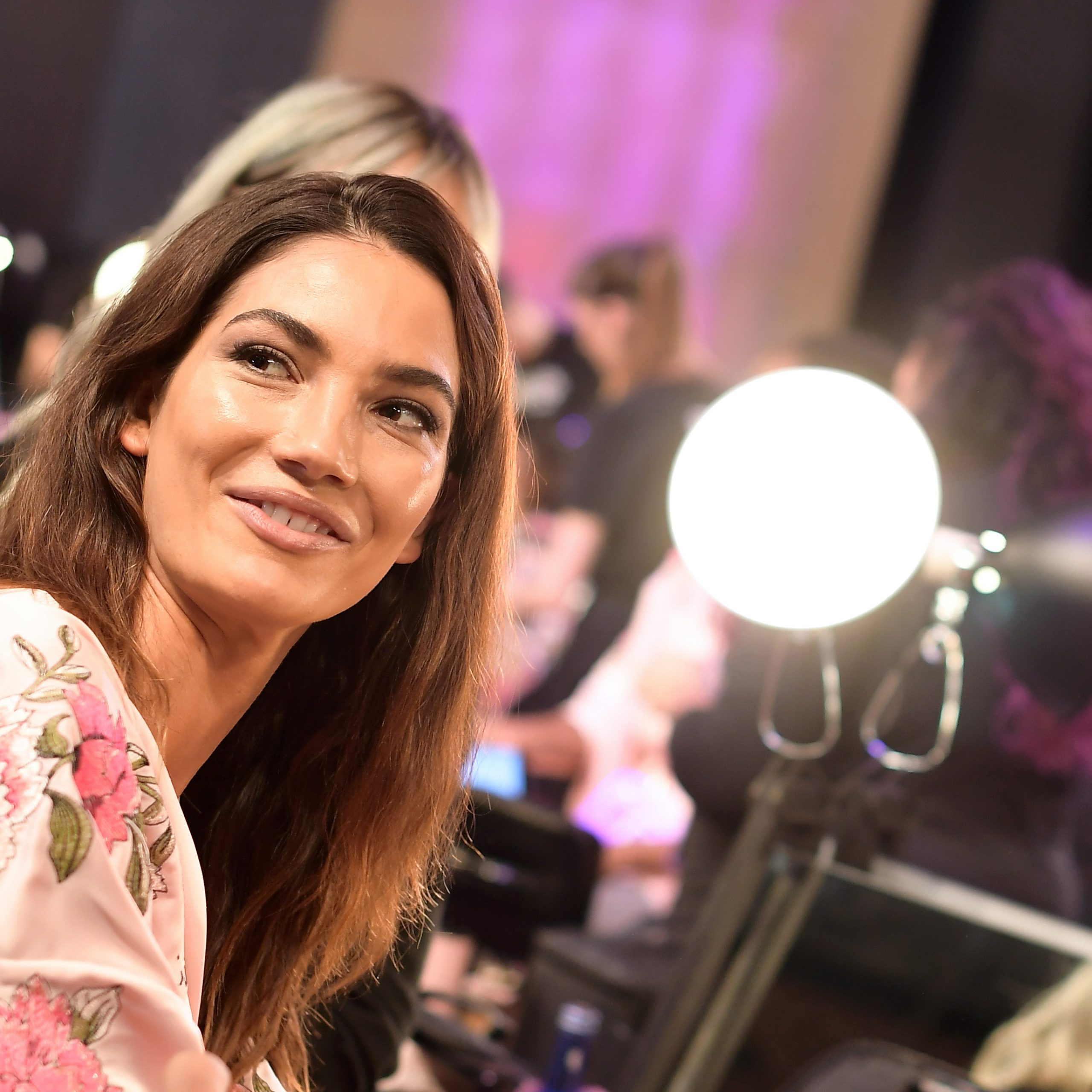 Trendy Shaggy Chestnut Medium Length Hairstyles In Lily Aldridge's Platinum Blonde Bob Is The Most Dramatic (View 18 of 20)