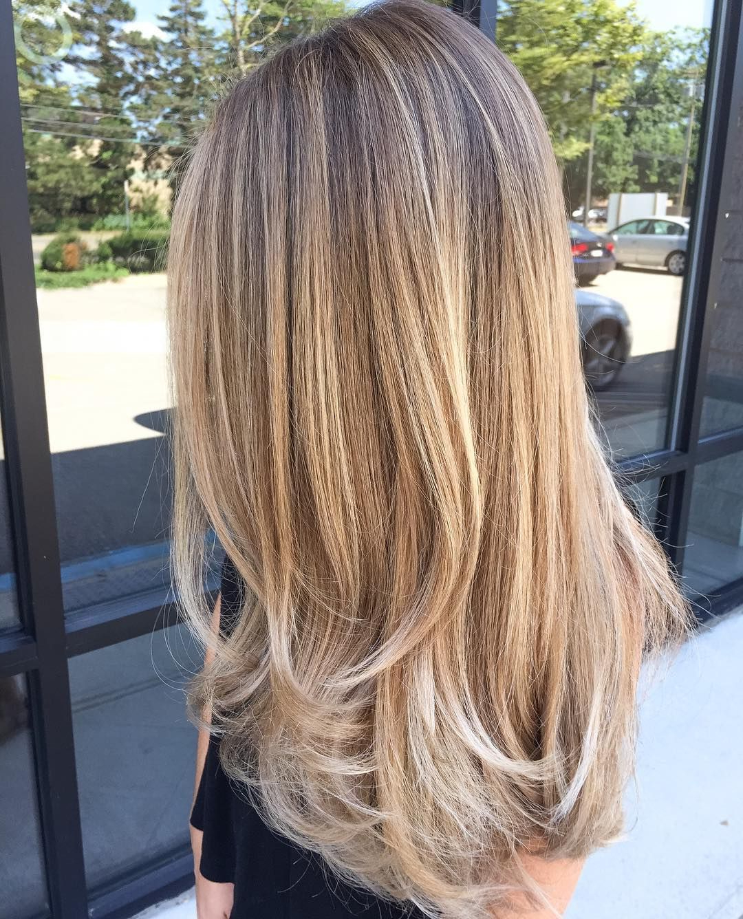 Well Liked Lovely Golden Blonde Haircuts With Swoopy Layers For 69 Cute Layered Hairstyles And Cuts For Long Hair (View 4 of 20)