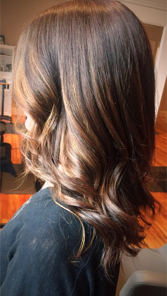 Well Liked Warm Brown Hairstyles With Feathered Layers For Dangwhodidyourhair Hashtag On Twitter (View 18 of 20)