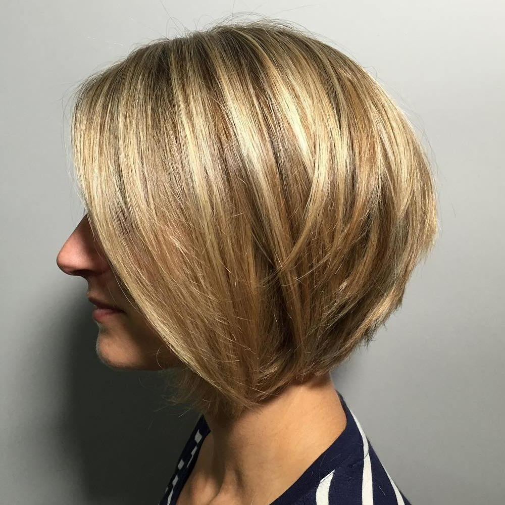 Widely Used Golden Bronde Sliced Bob Hairstyles Within 50 Screenshot Worthy Short Layered Hairstyles – Hair Adviser (View 6 of 20)