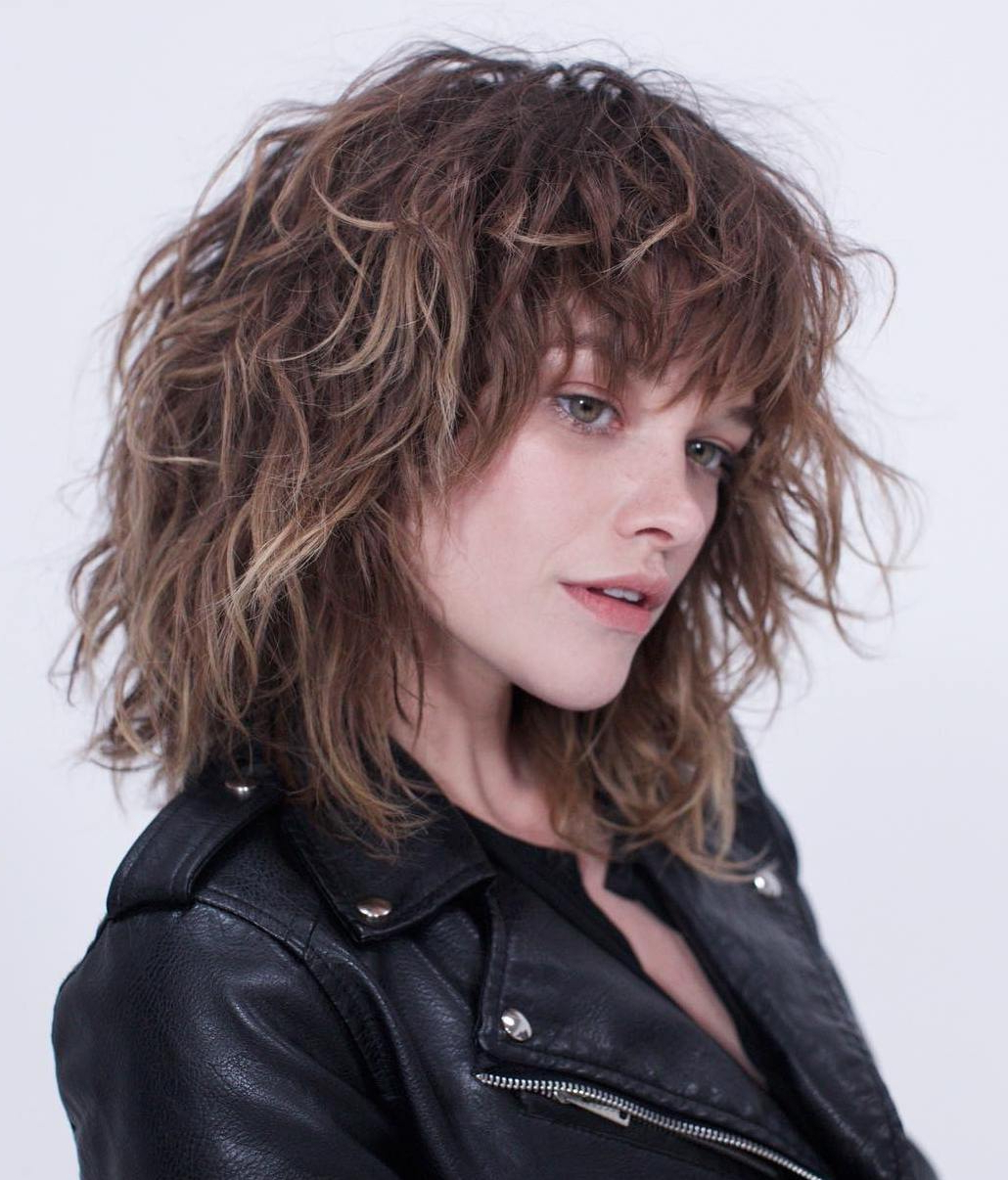 Widely Used Textured Shag Haircuts With Rocky Bangs Regarding 40 Medium Length Hairstyles For Thick Hair ⋆ Palau Oceans (View 20 of 20)