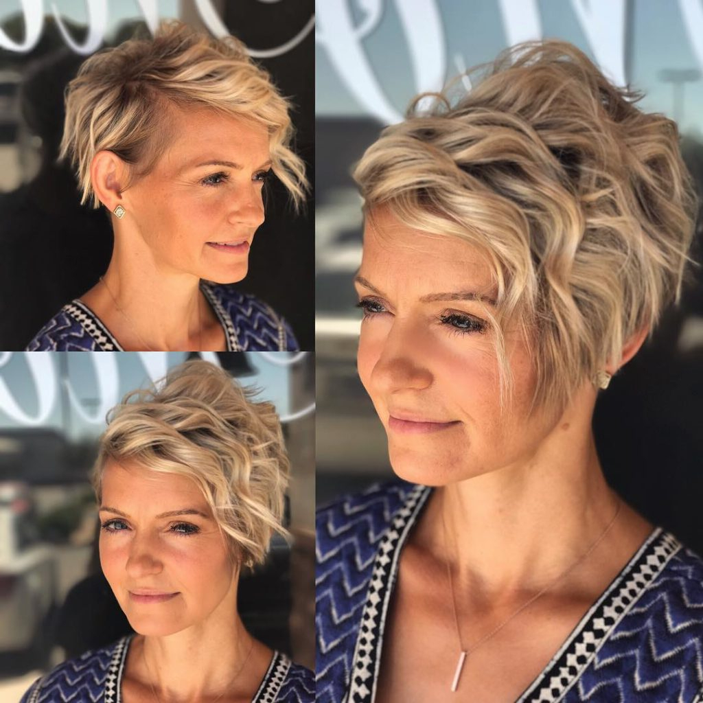 Women's Blonde Piece Y Wavy Messy Pixie With Regard To Messy Curly Blonde Pixie Bob Haircuts (View 20 of 20)