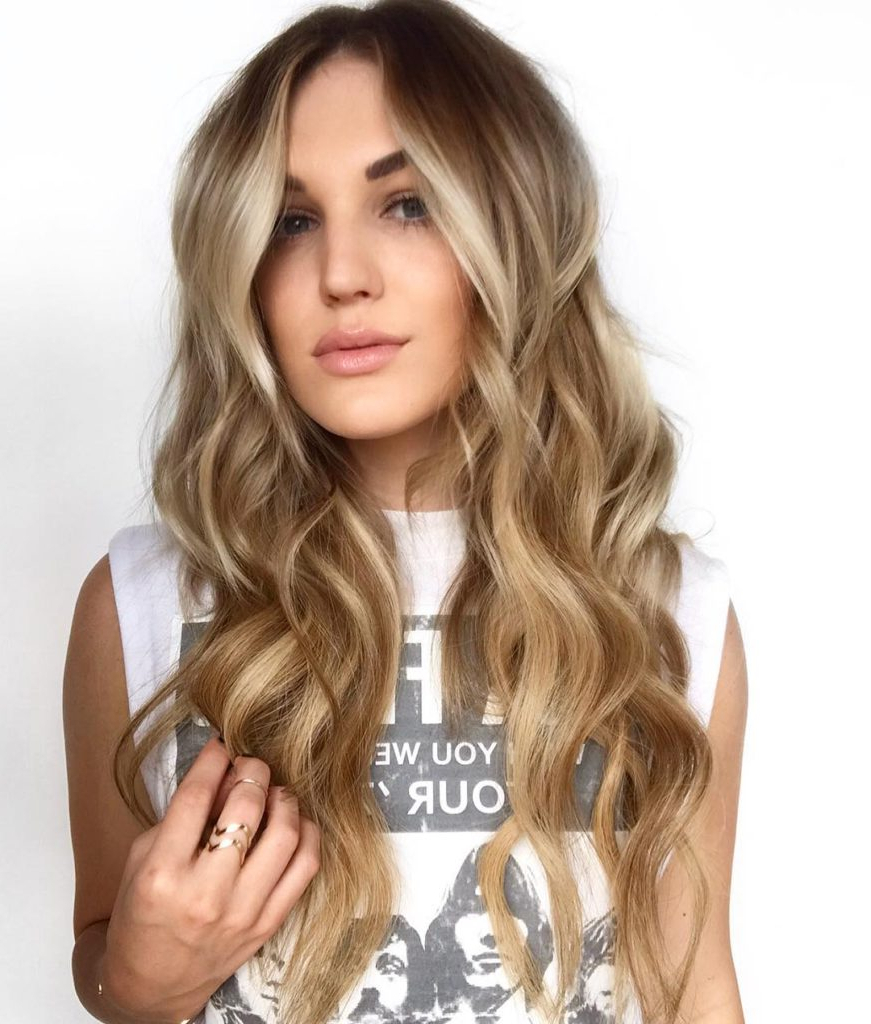Women's Curtained Long Layered Cut With Sexy Wavy Texture Within 2018 Face Framing Wavy Hairstyles (View 4 of 20)