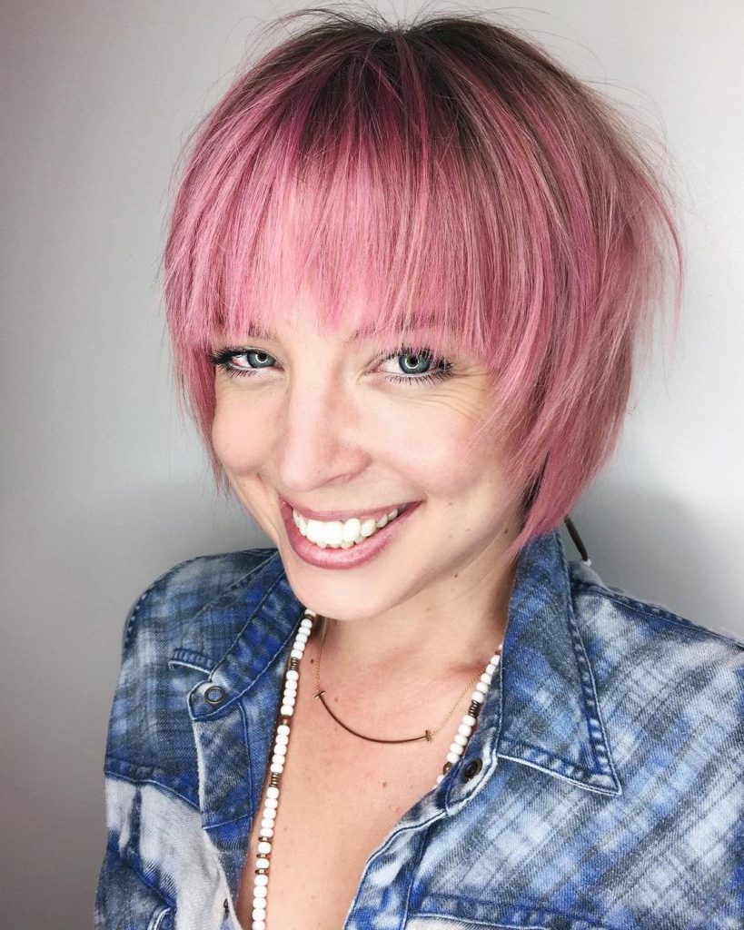 Women's Pink Shaggy Bob With Feathered Bangs And Shadow Inside Pink Shaggy Haircuts (View 19 of 20)