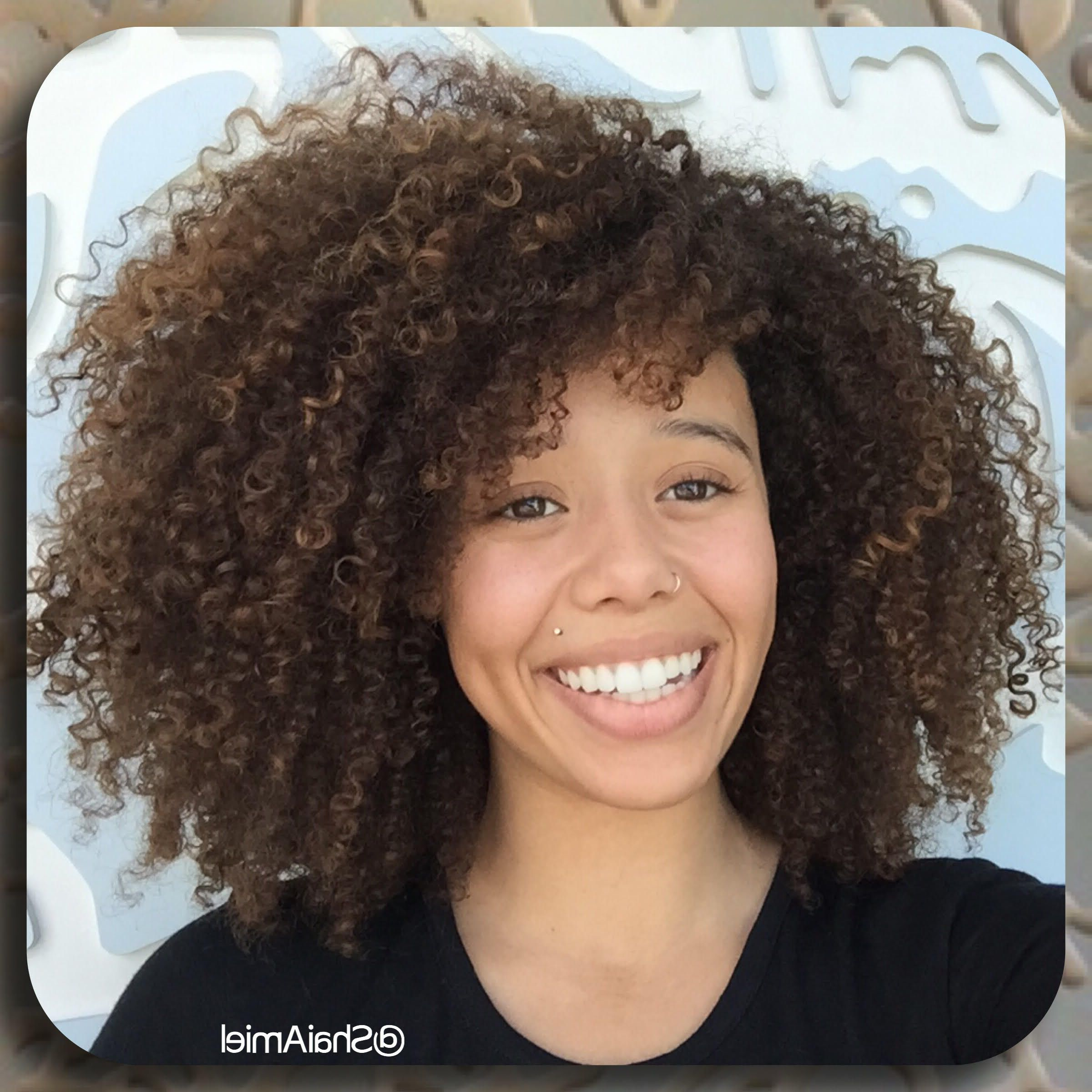 18 Best Haircuts For Curly Hair (View 8 of 20)
