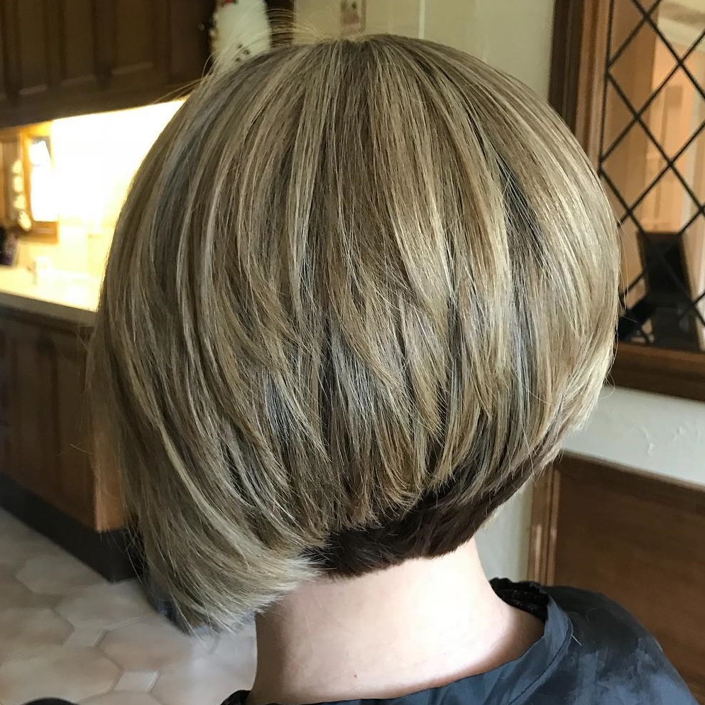 40 Awesome Ideas For Layered Bob Hairstyles You Can't Miss With Recent Sassy Angled Blonde Bob Hairstyles (View 1 of 20)