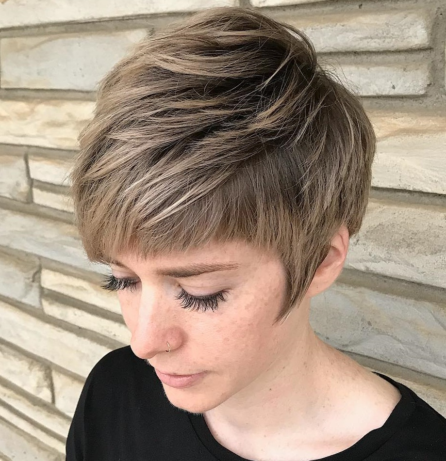 45 Short Hairstyles For Fine Hair To Rock In 2020 With Regard To Preferred Dark Pixie Haircuts With Blonde Highlights (View 12 of 20)