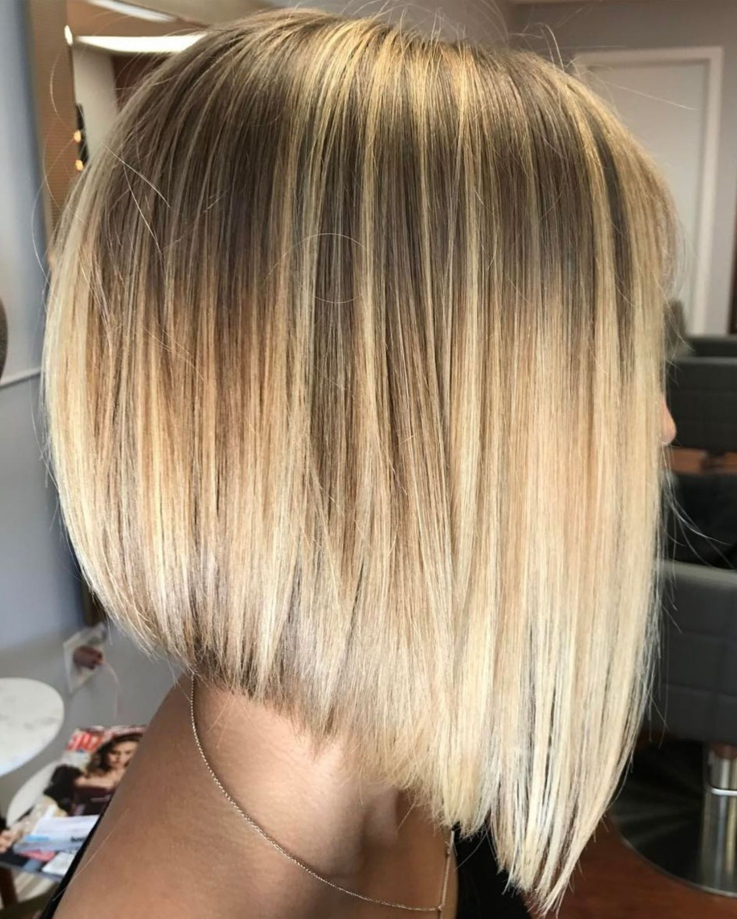 60 Beautiful And Convenient Medium Bob Hairstyles (View 5 of 20)
