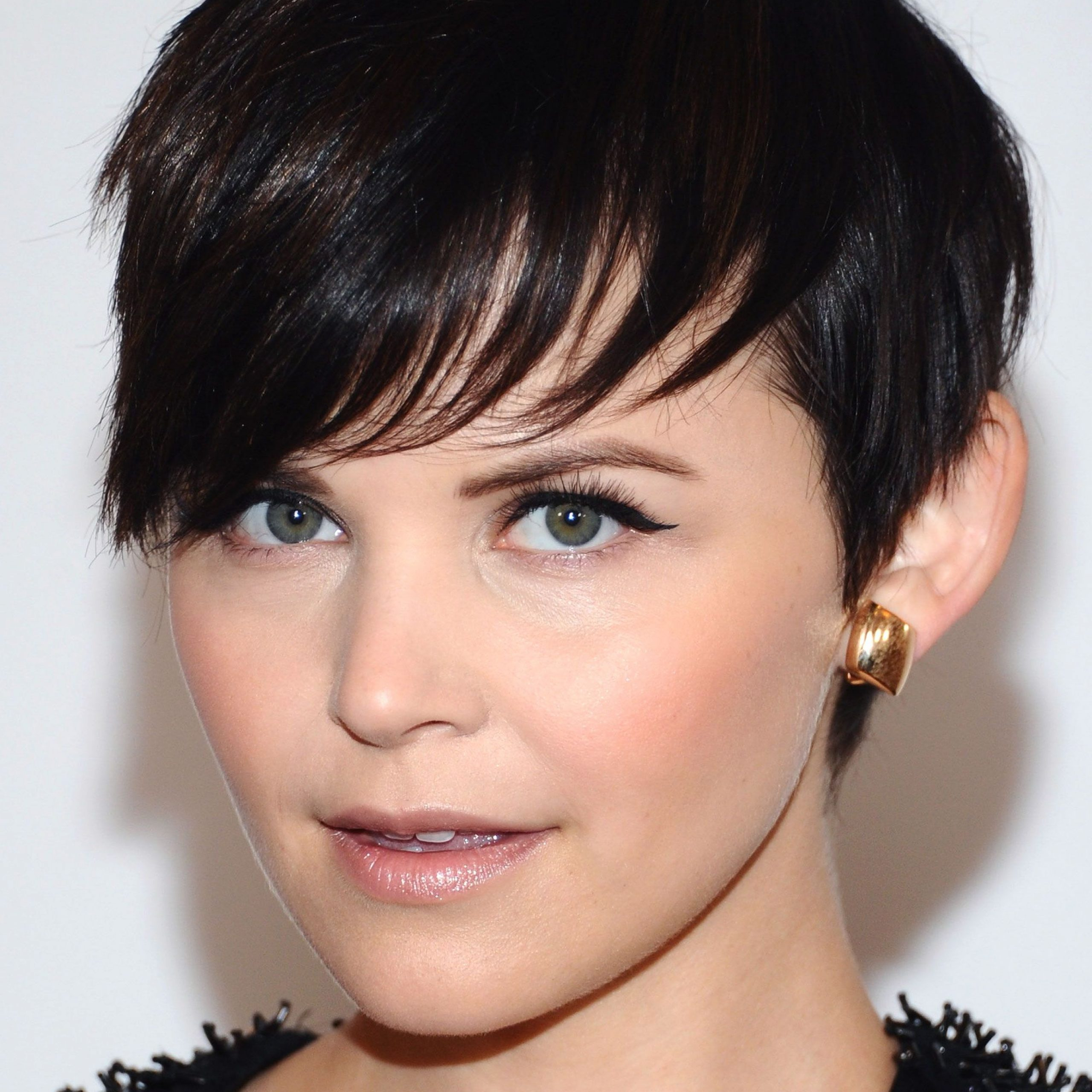 60+ Pixie Cuts We Love For 2020 – Short Pixie Hairstyles For Popular Edgy & Chic Short Curls Pixie Haircuts (View 6 of 20)