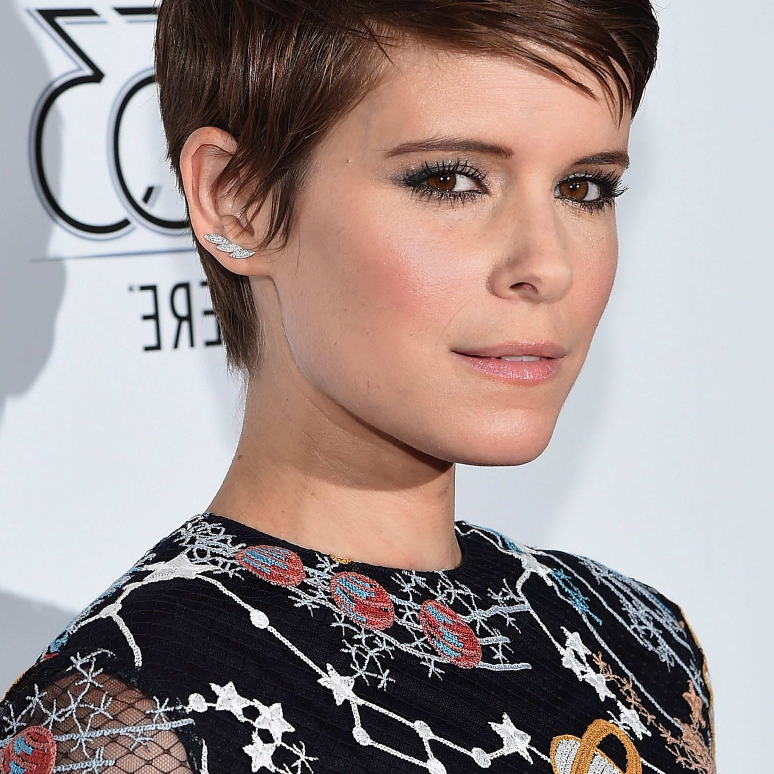60+ Pixie Cuts We Love For 2020 – Short Pixie Hairstyles Pertaining To Best And Newest Edgy & Chic Short Curls Pixie Haircuts (View 10 of 20)