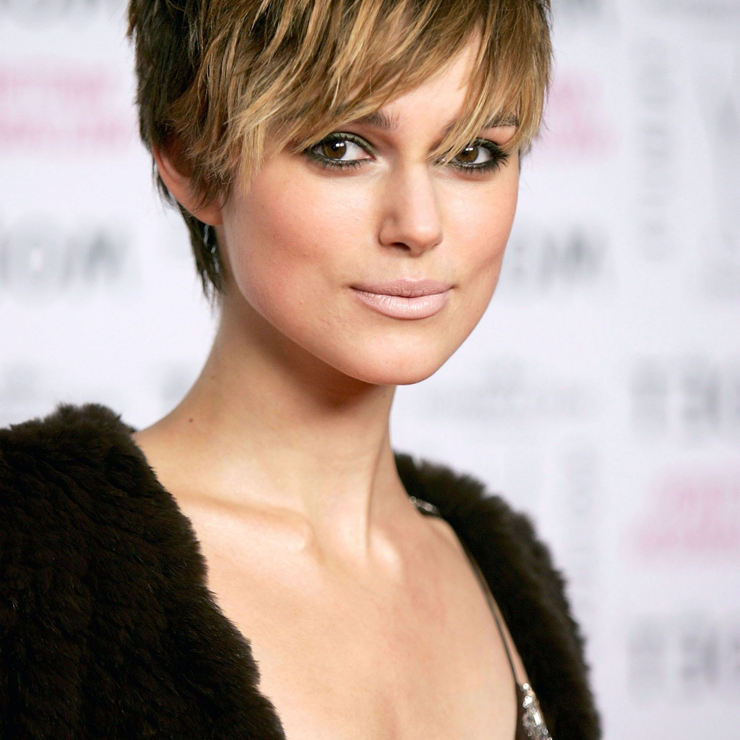 60+ Pixie Cuts We Love For 2020 – Short Pixie Hairstyles With Trendy Pixie Haircuts With Wispy Bangs (View 11 of 20)