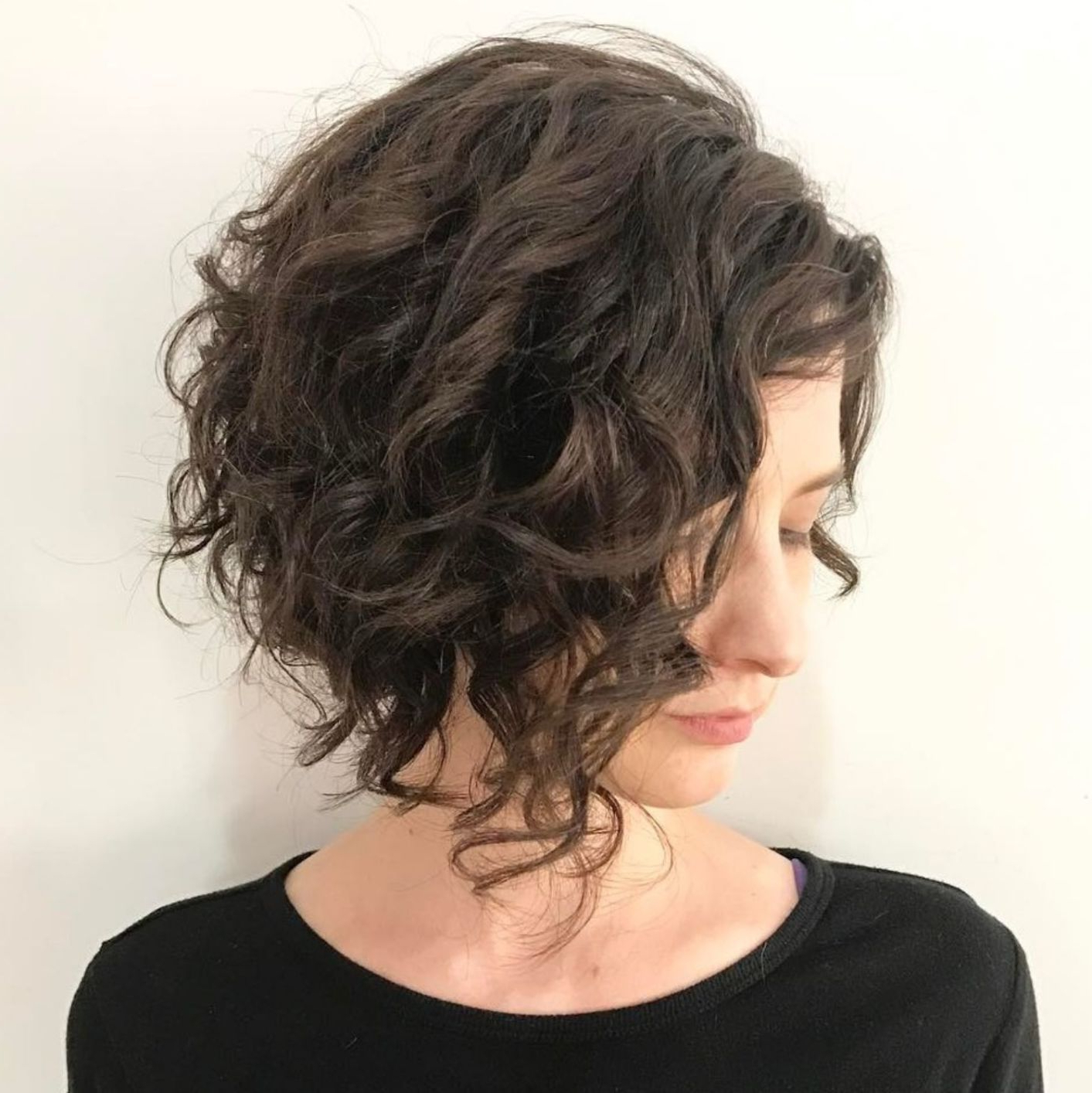65 Different Versions Of Curly Bob Hairstyle (View 2 of 20)
