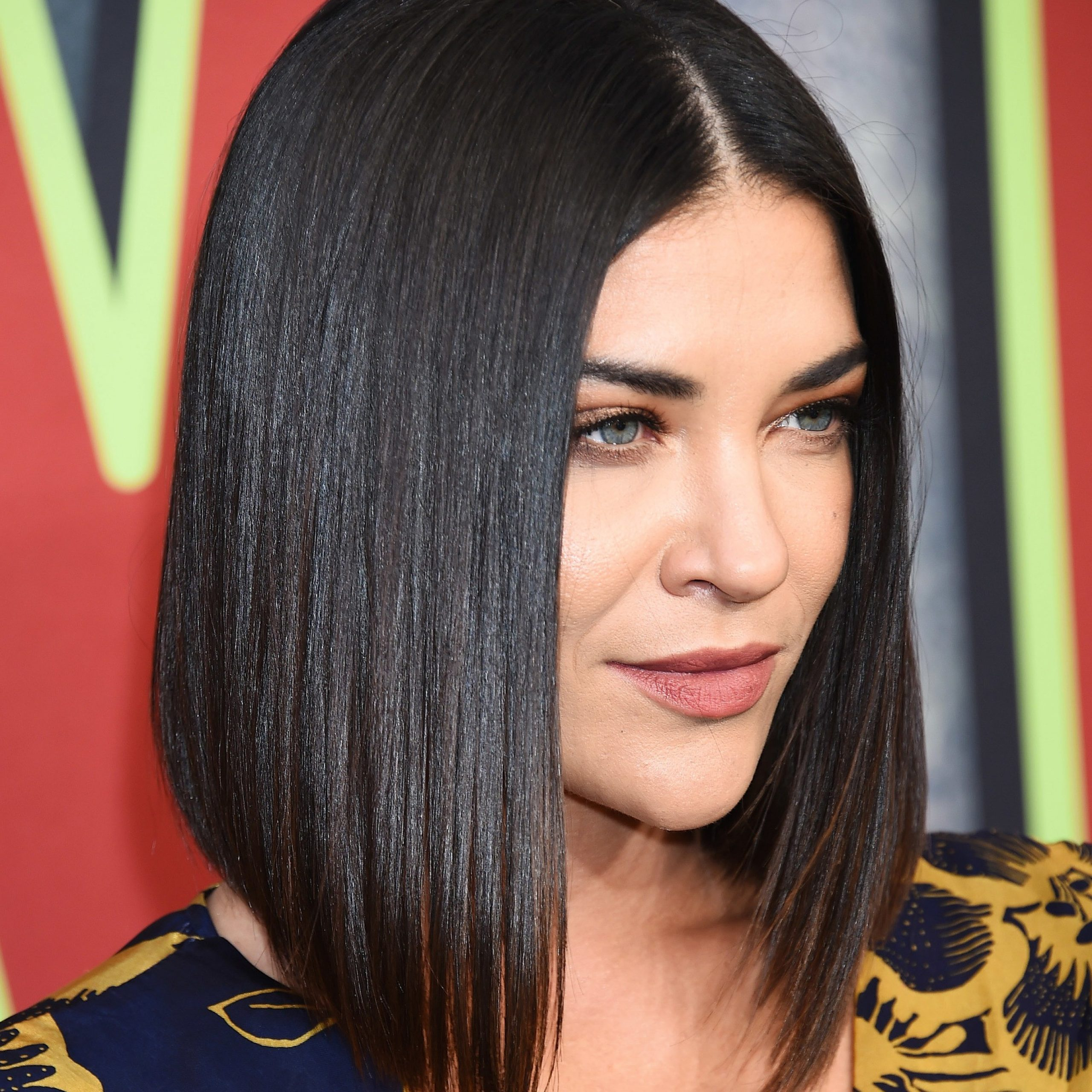 8 Flattering Medium Bob Styles To Tempt You To Try The Trend With Recent Jet Black Chin Length Sleek Bob Hairstyles (View 9 of 20)
