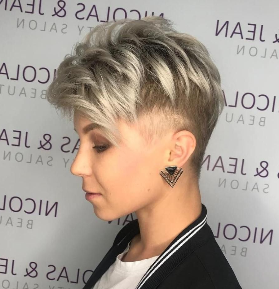 Androgynous Within Most Current Androgynous Pixie Haircuts (View 6 of 20)