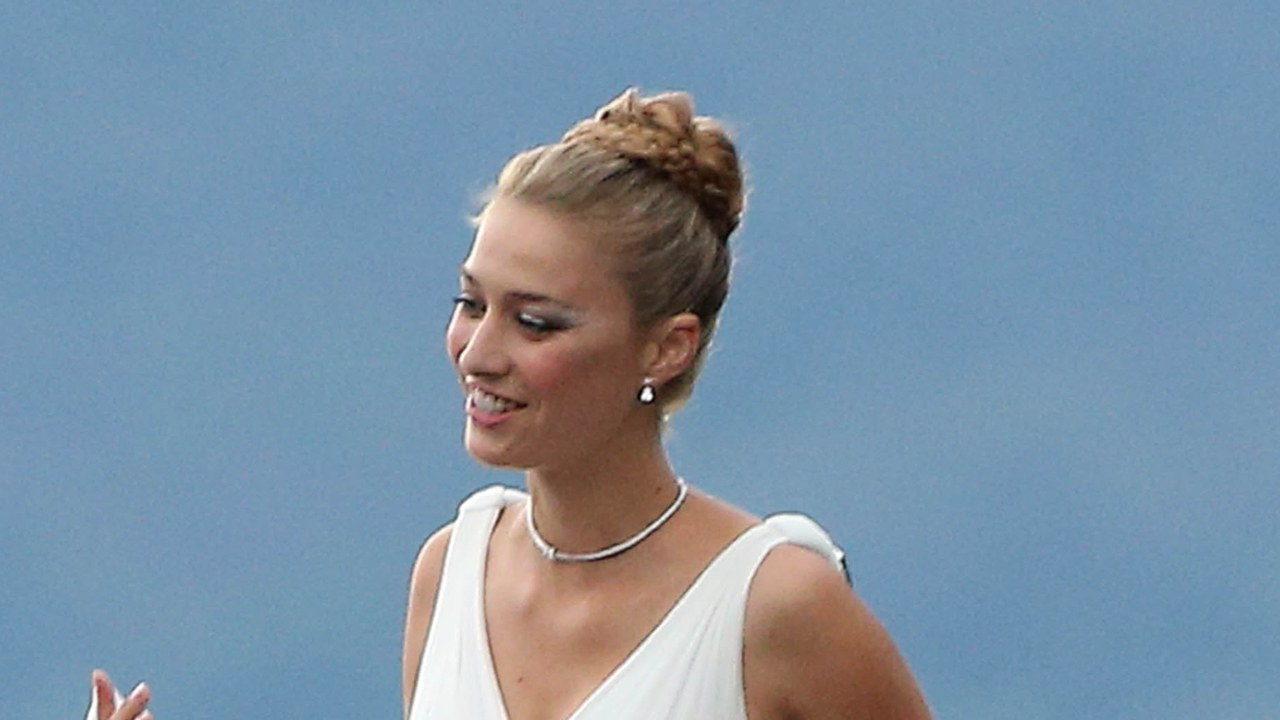 Beatrice Borromeo's Wedding Day Hair And Honeymoon Topknot Regarding Most Recently Released Crisp Pulled Back Braid Hairstyles (View 9 of 20)