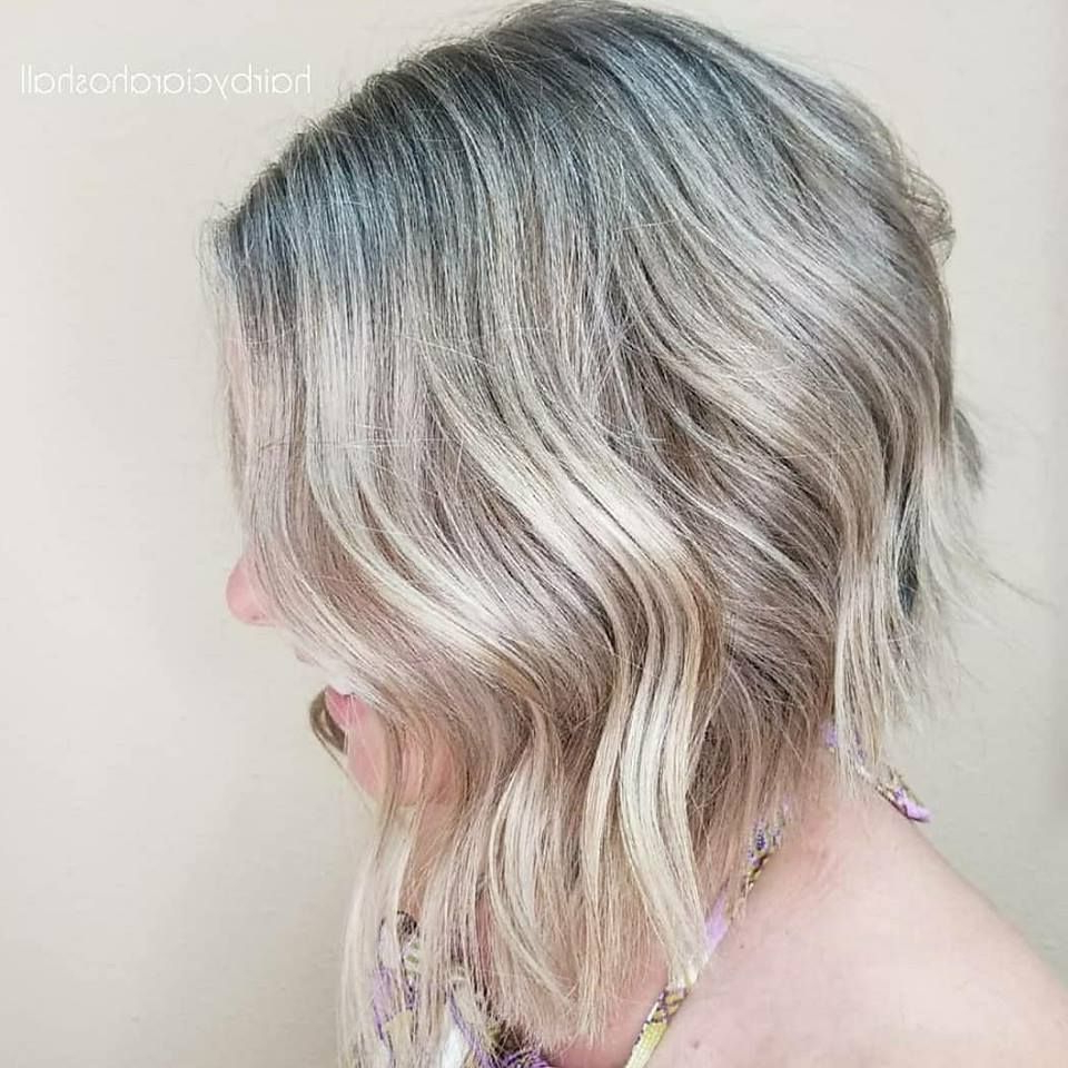 Blonde Highlights With A Rounded Aline Bob Haircut And Intended For Most Current Beach Wave Bob Hairstyles With Highlights (View 14 of 20)
