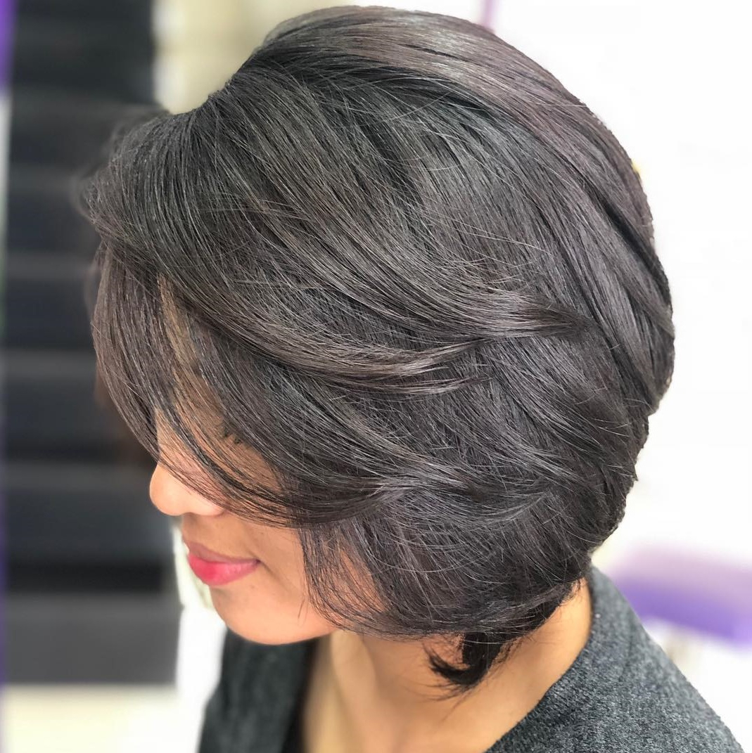 Current Bob Hairstyles With Subtle Layers With 40 Awesome Ideas For Layered Bob Hairstyles You Can't Miss (View 8 of 20)