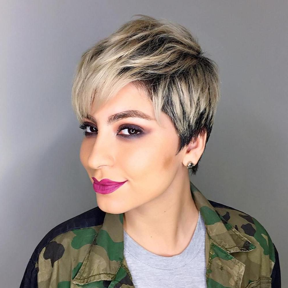 Famous Dark Pixie Haircuts With Blonde Highlights With Blonde Balayage Pixie With Black Roots (Gallery 4 of 20)