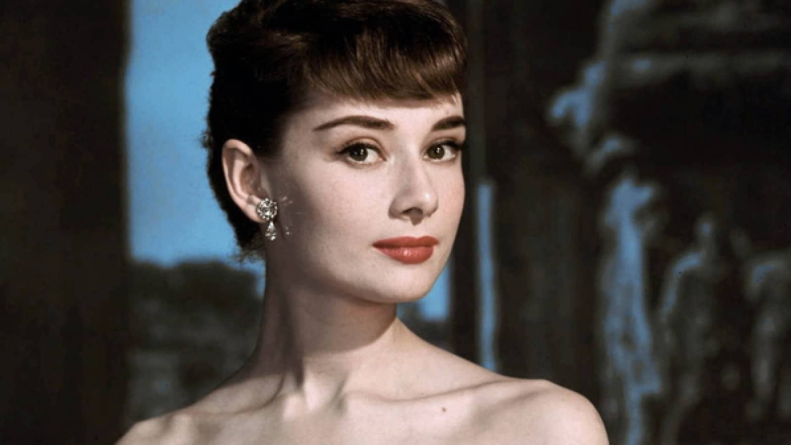 Favorite Audrey Hepburn Inspired Pixie Haircuts Intended For Pixie Haircut: Care, Styling And Who Does It Suit – Womens (View 12 of 20)
