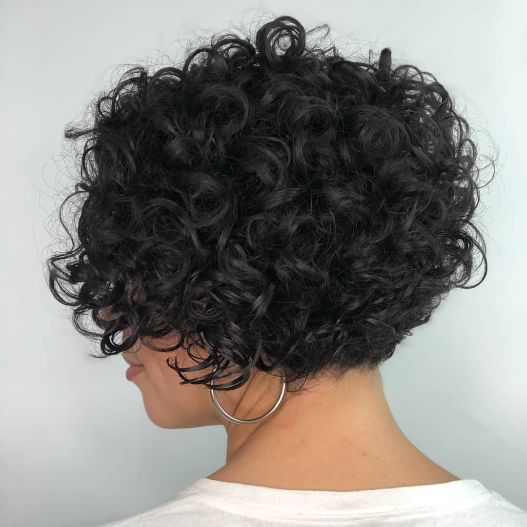 Favorite Curly Bob Hairstyles For 35 Cute Short Bob Haircuts Everyone Will Be Obsessed With In (View 12 of 20)