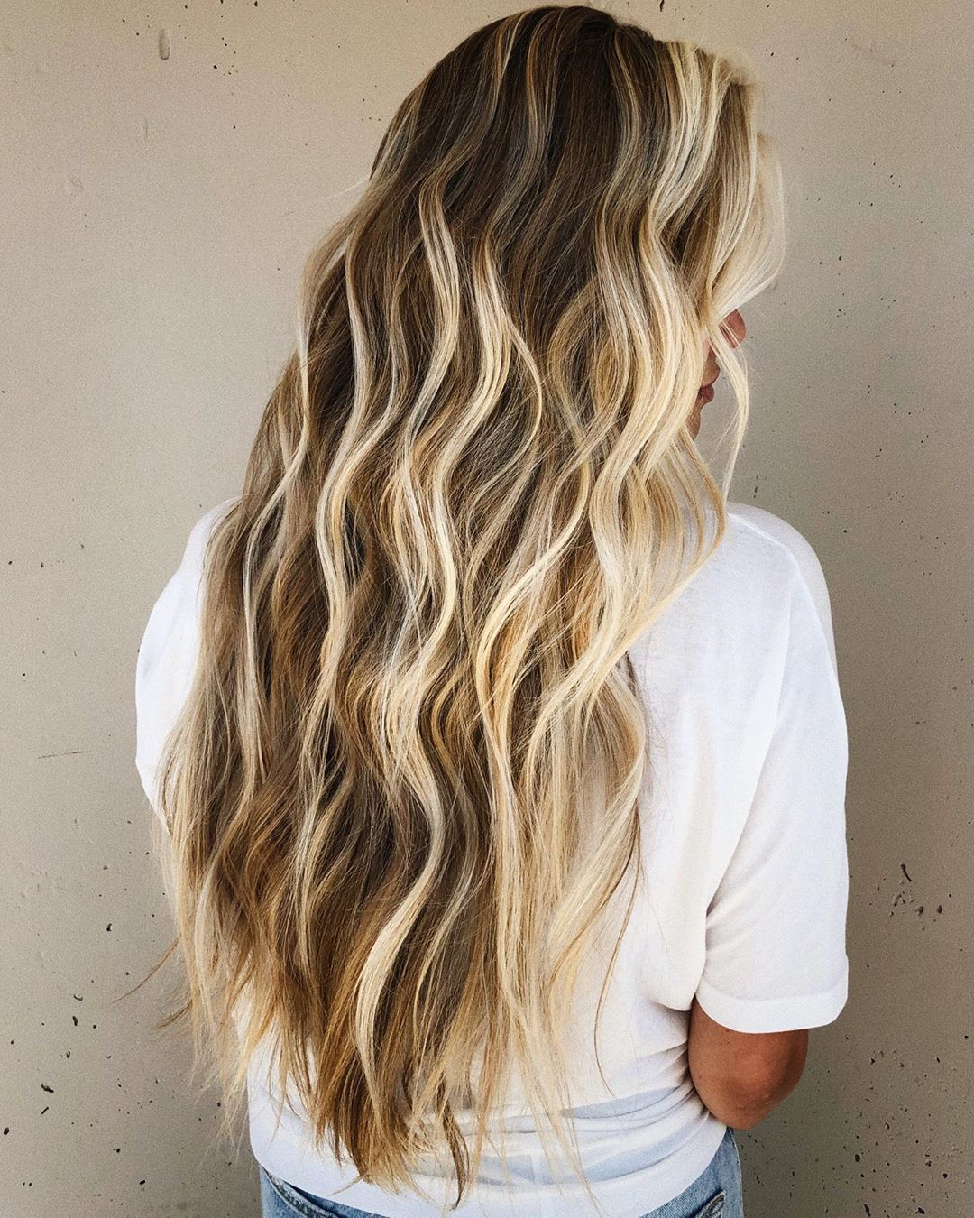 How To Get Perfect Beach Intended For Well Known Mid Length Beach Waves Hairstyles (View 11 of 20)