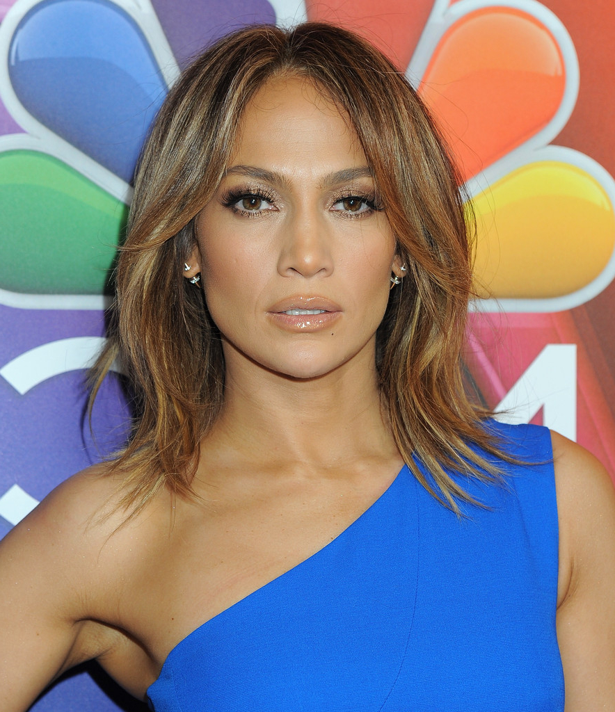 Jennifer Lopez Medium Layered Cut – Jennifer Lopez Shoulder With Regard To Preferred Flippy Layers Hairstyles (View 13 of 20)