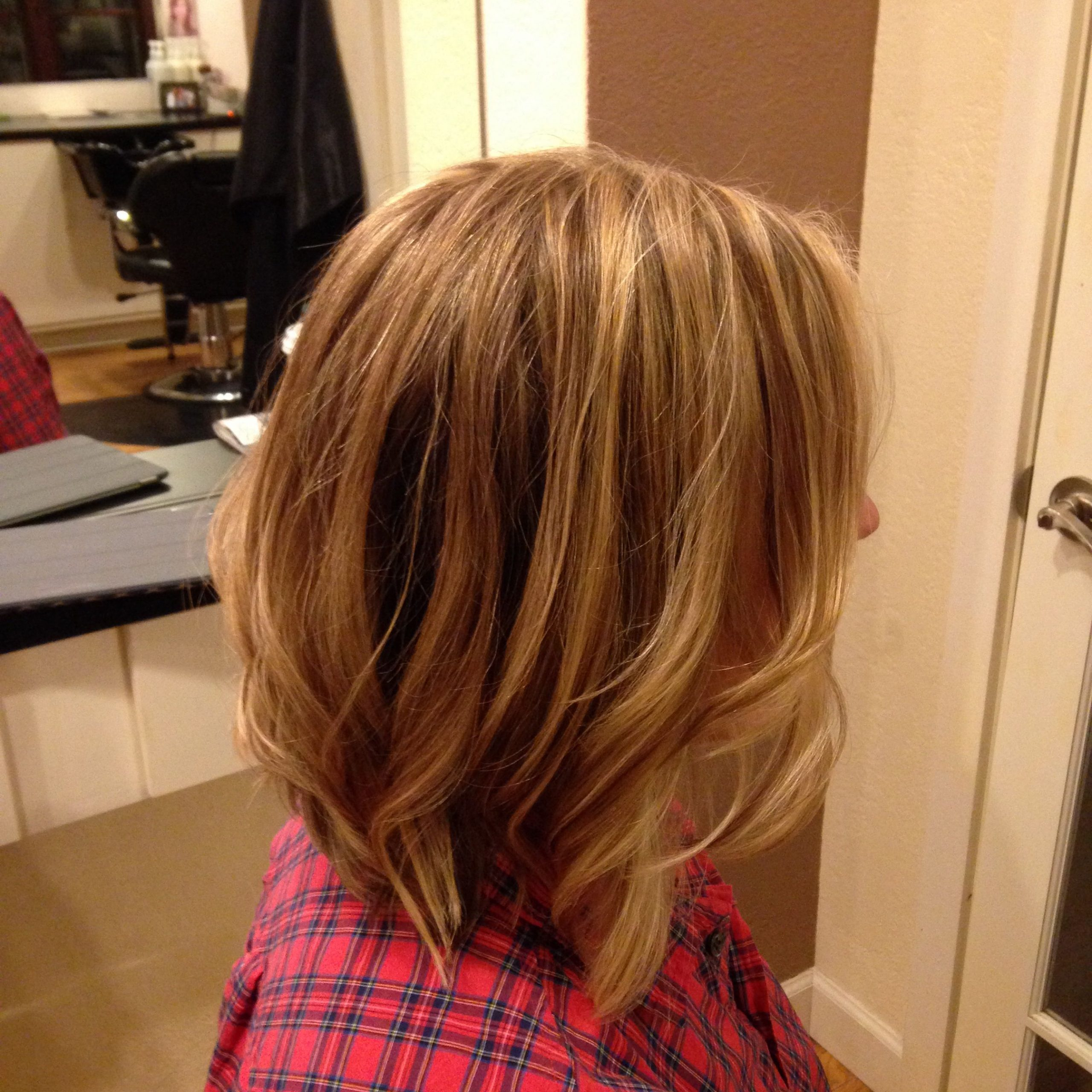 Long Inverted Bob With Subtle Layers (View 14 of 20)