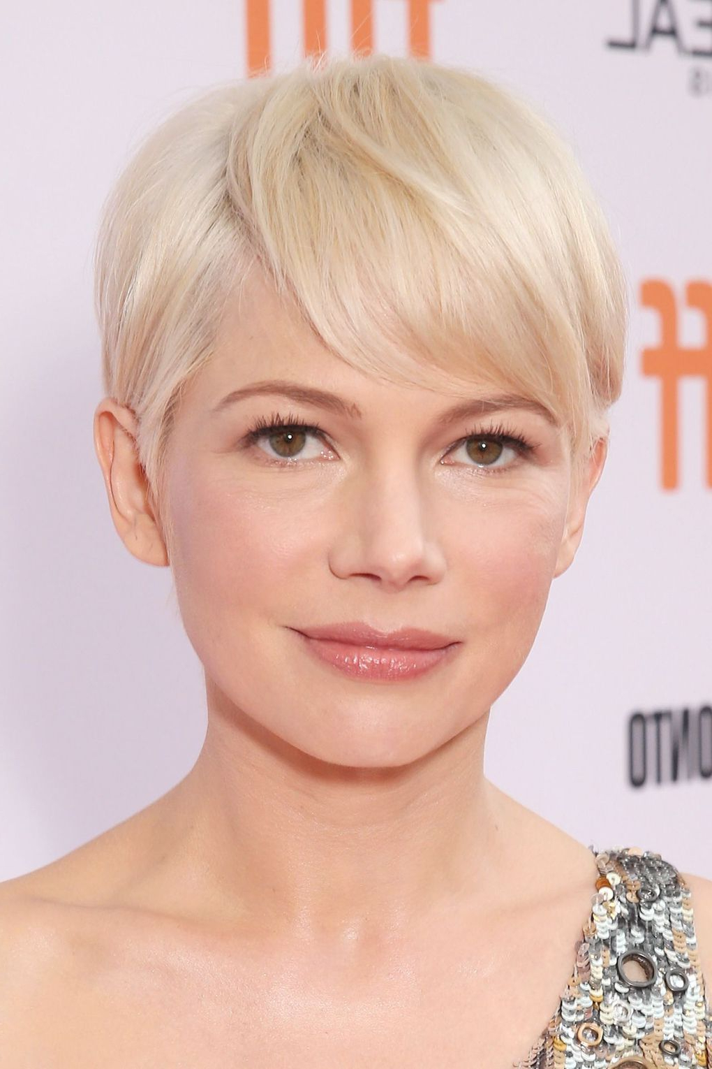 Michelle Williams Hair (View 6 of 20)